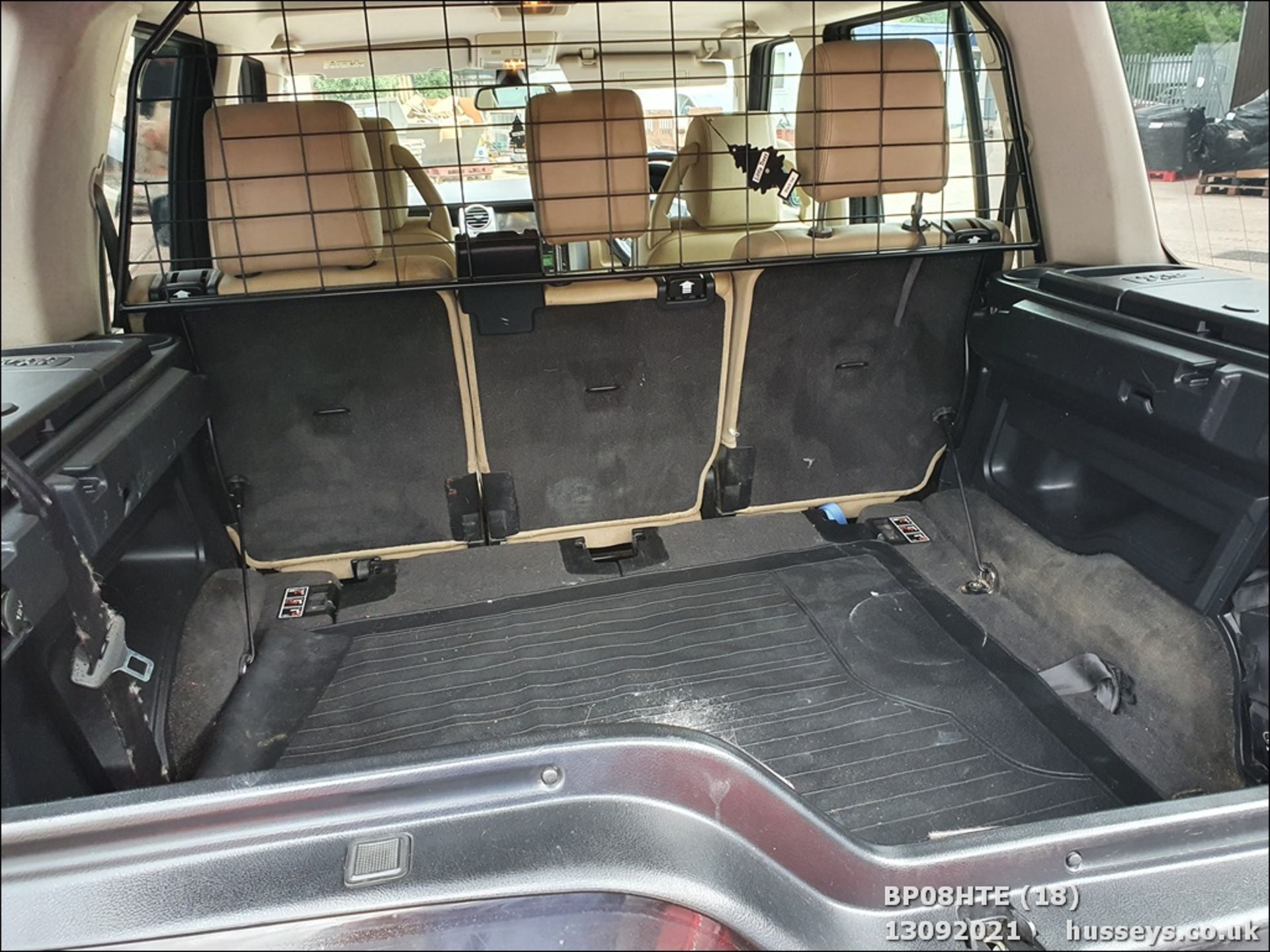 08/08 LAND ROVER DISCOVERY TDV6 SE A - 2720cc 5dr Estate (Brown, 190k) - Image 18 of 18