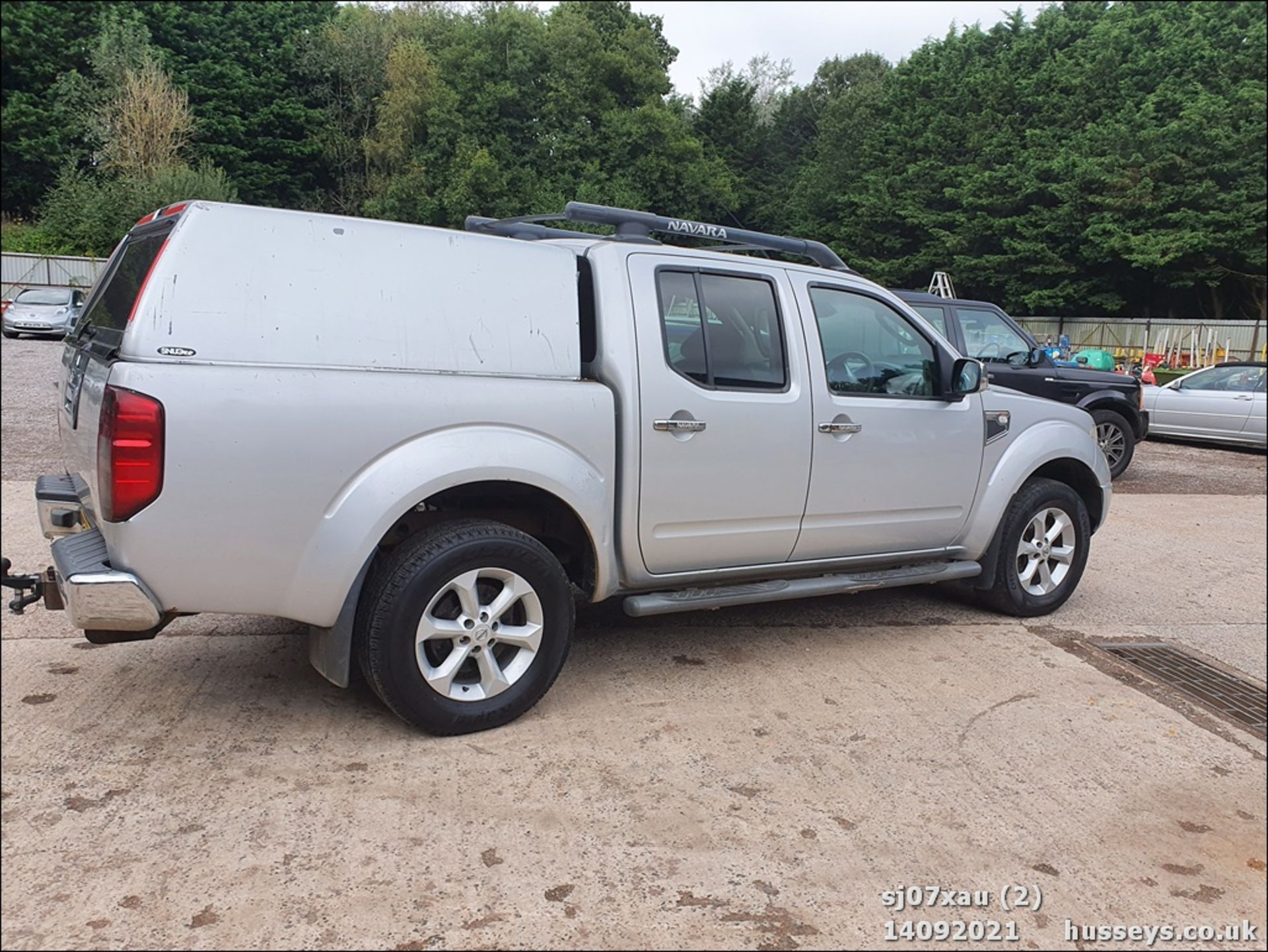07/07 NISSAN NAVARA D/C OUTLAW DCI - 2488cc 4dr 4x4 (Silver, 166k) - Image 2 of 15