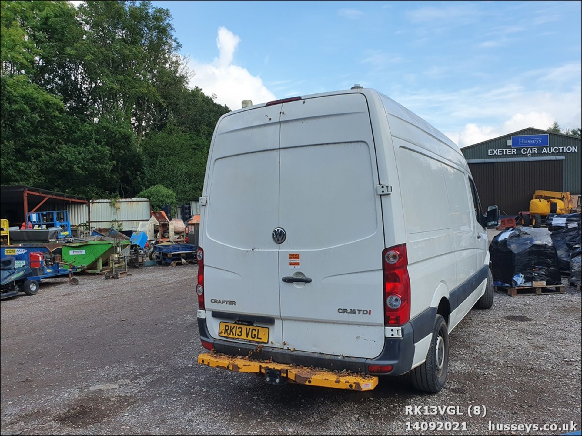 13/13 VOLKSWAGEN CRAFTER CR35 TDI 143 MWB - 1968cc 5dr Van (White, 75k) - Image 8 of 13