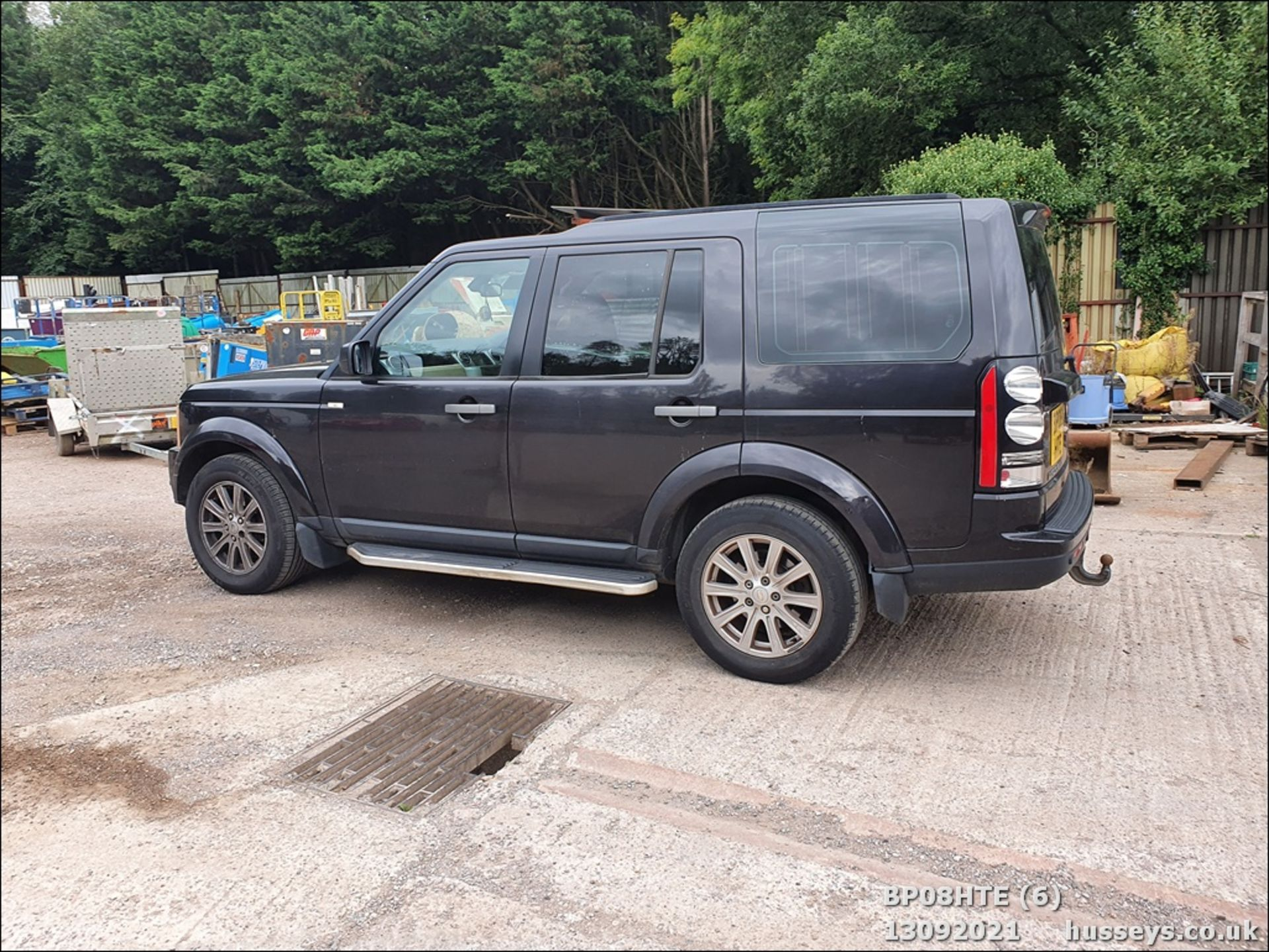 08/08 LAND ROVER DISCOVERY TDV6 SE A - 2720cc 5dr Estate (Brown, 190k) - Image 6 of 18