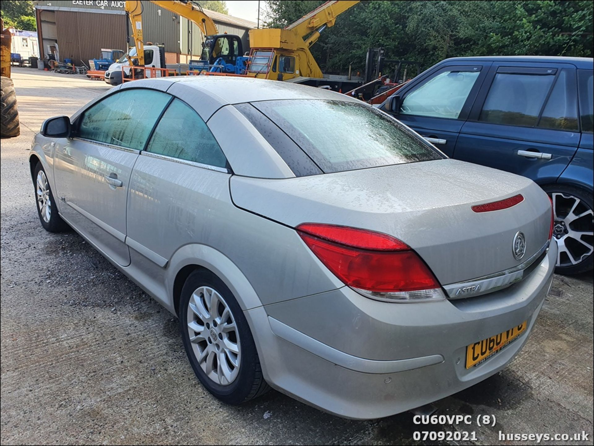 11/60 VAUXHALL ASTRA SPORT - 1796cc 2dr Convertible (Silver, 123k) - Image 8 of 12