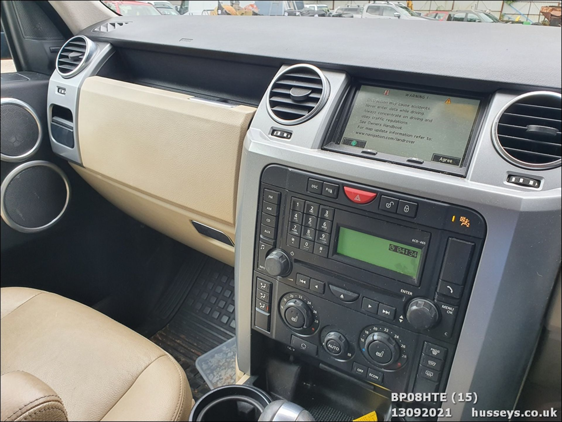 08/08 LAND ROVER DISCOVERY TDV6 SE A - 2720cc 5dr Estate (Brown, 190k) - Image 15 of 18