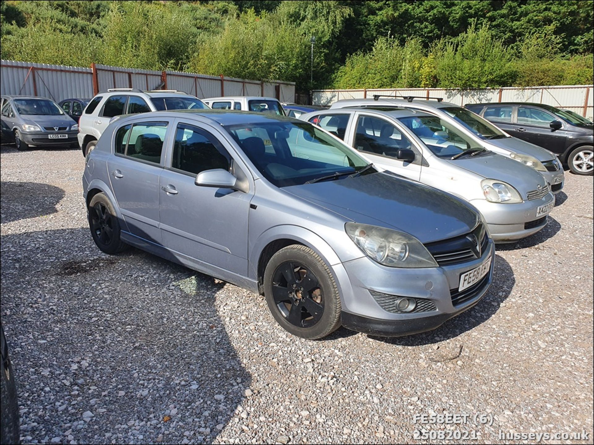 08/58 VAUXHALL ASTRA CLUB CDTI 100 - 1686cc 5dr Hatchback (Silver, 115k) - Image 7 of 15
