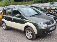 10/10 FIAT PANDA CROSS M-JET 4X4 - 1248cc 5dr Hatchback (Green, 58k)