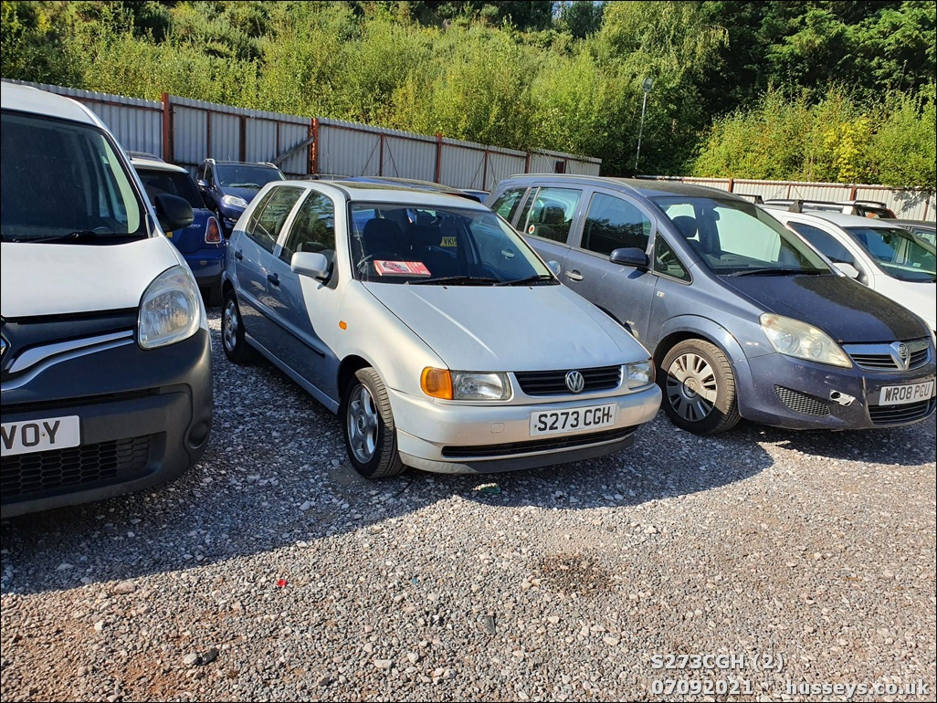 1998 VOLKSWAGEN POLO 1.6 GL AUTO - 1598cc 5dr Hatchback (Silver, 113k) - Image 2 of 13