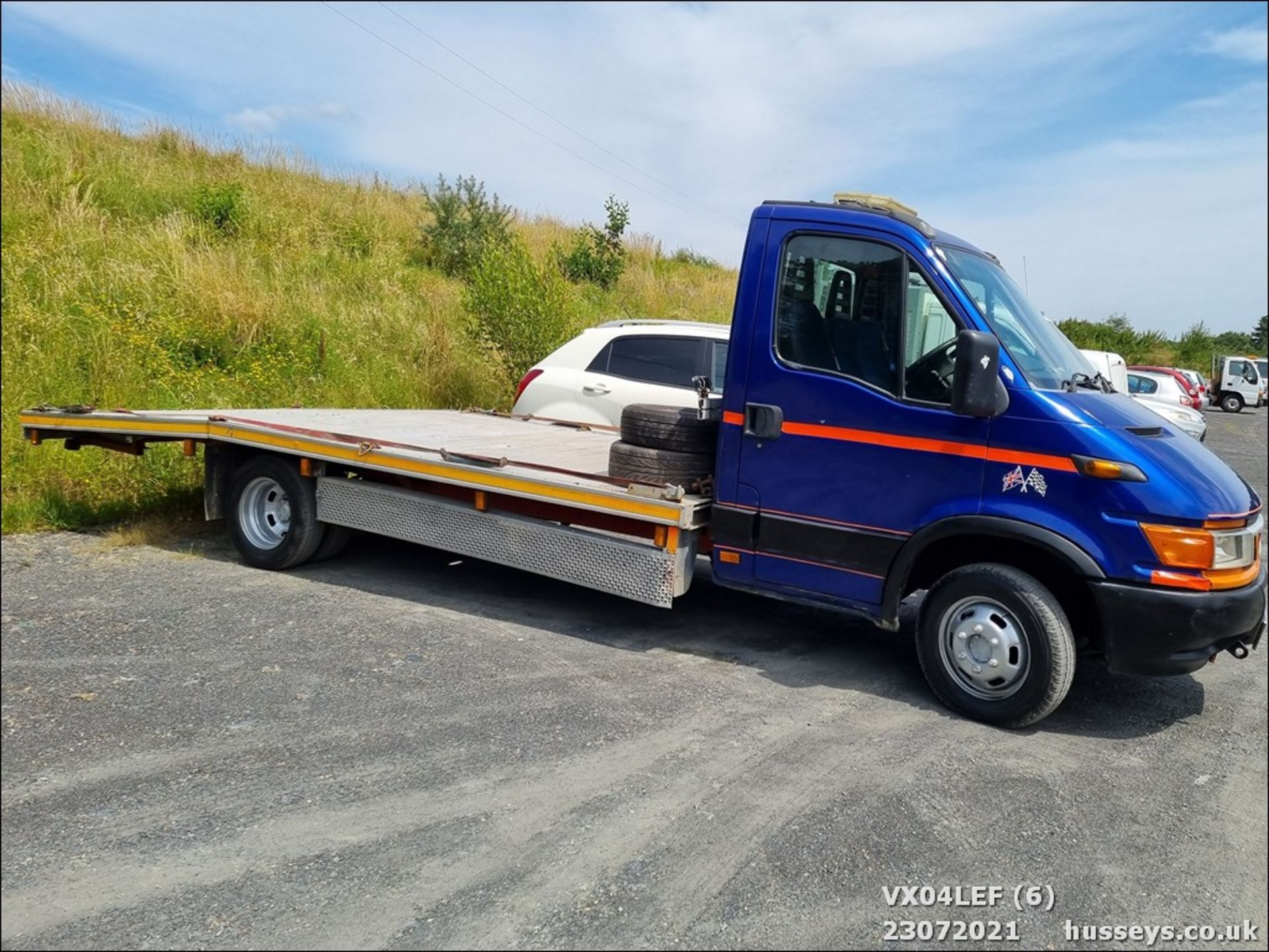 04/04 IVECO DAILY 50C15 4.4WB - 2800cc (Blue) - Image 6 of 9