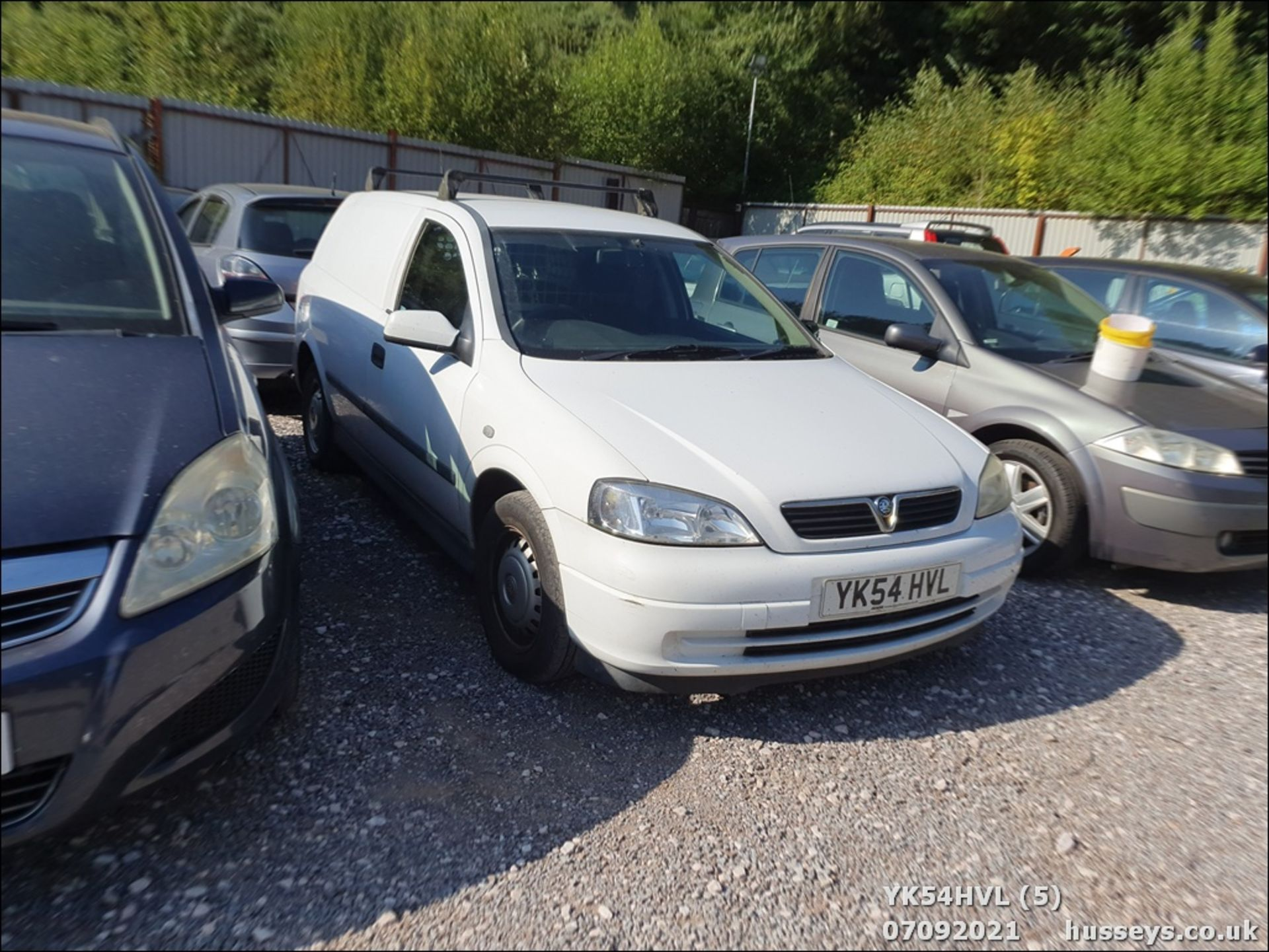 05/54 VAUXHALL ASTRAVAN ENVOY CDTI - 1686cc Van (White) - Image 6 of 15