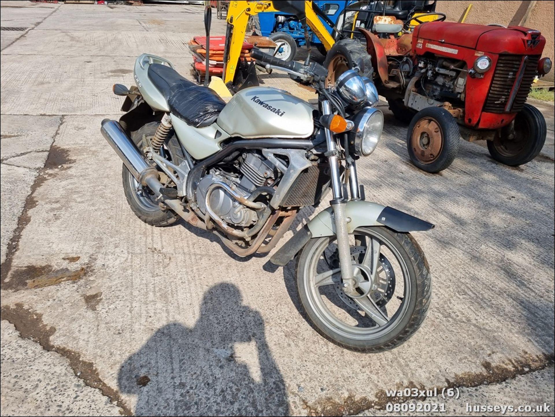 03/03 KAWASAKI ER500-C1 - 498cc Motorcycle (Gold) - Image 5 of 16