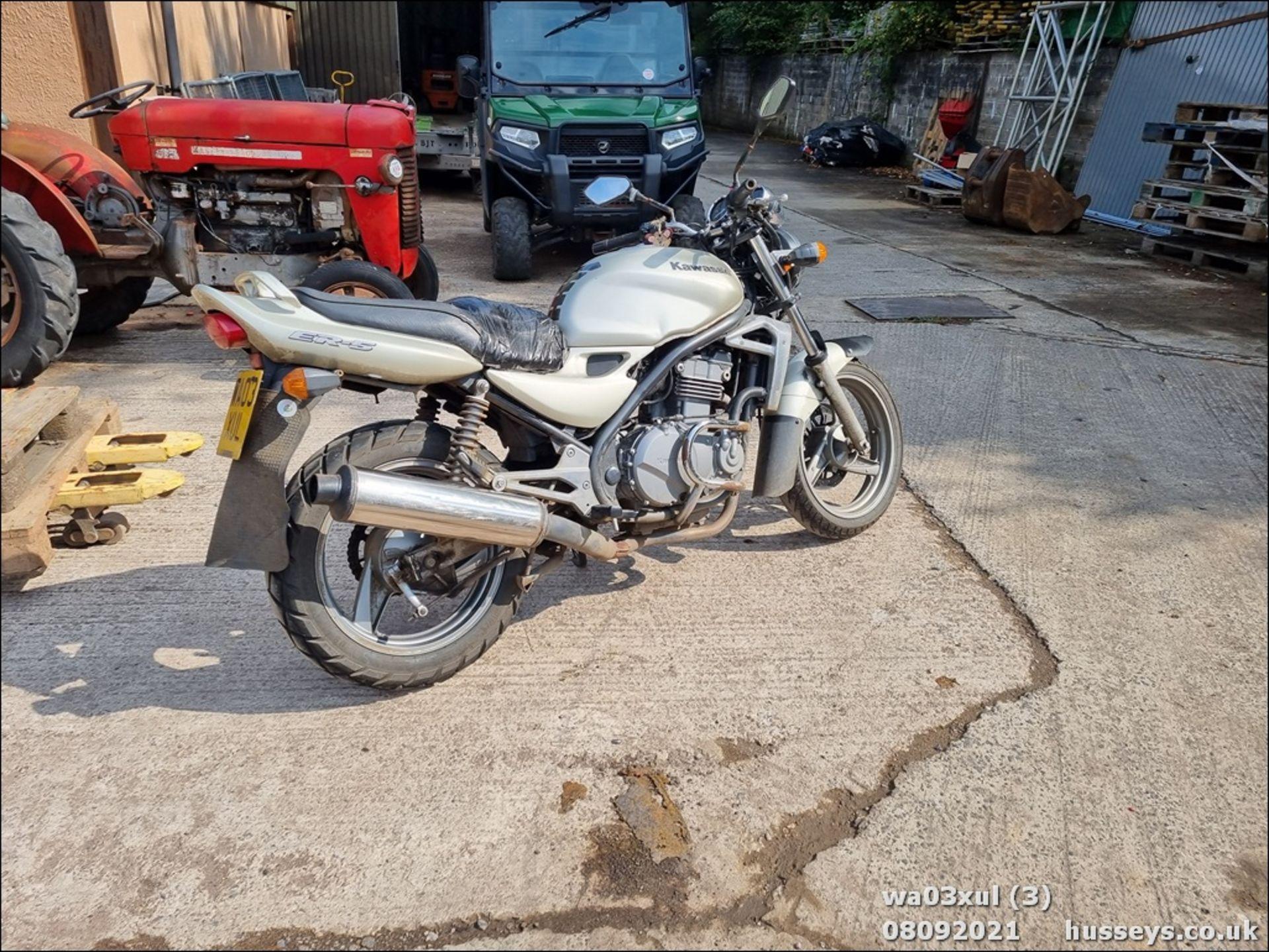 03/03 KAWASAKI ER500-C1 - 498cc Motorcycle (Gold) - Image 3 of 16