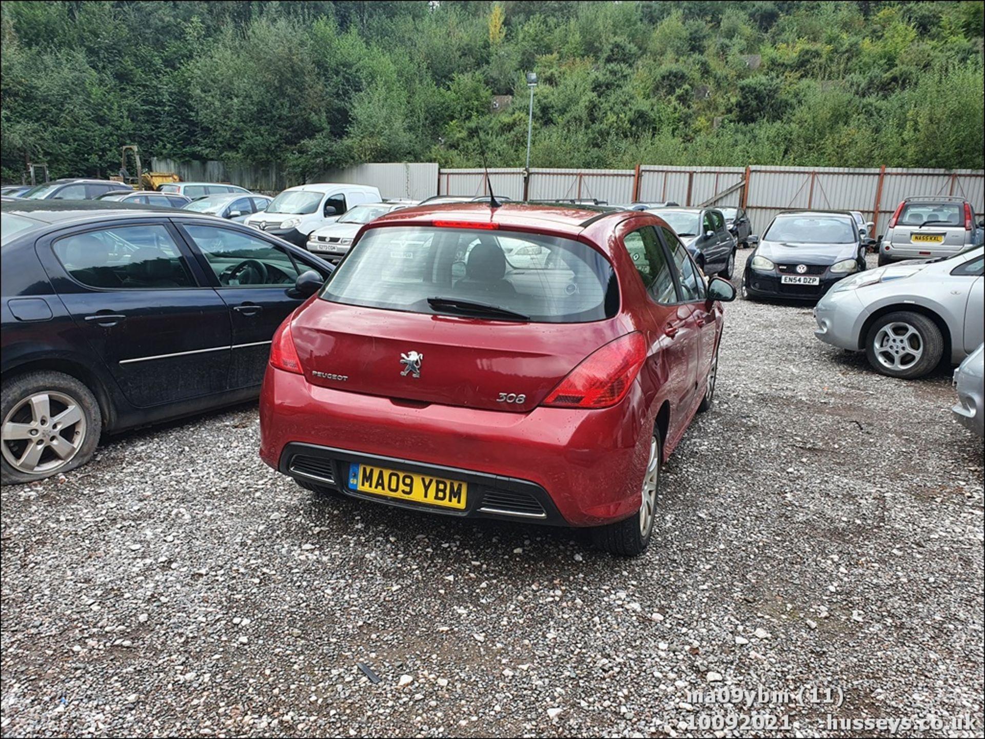 09/09 PEUGEOT 308 SE HDI - 1560cc 5dr Hatchback (Red) - Image 11 of 19