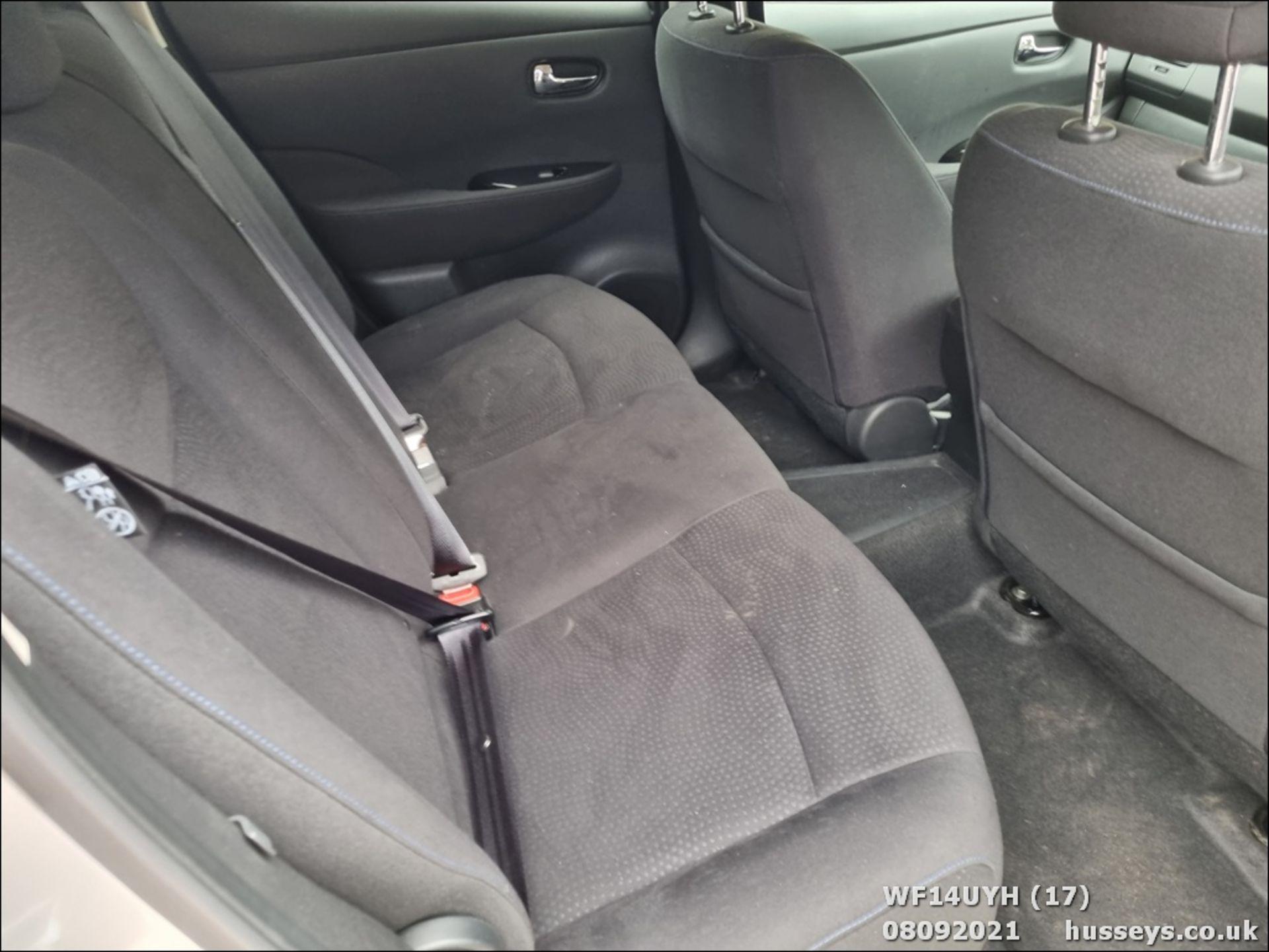 14/14 NISSAN LEAF ACENTA 5dr Hatchback (Silver, 18k) - Image 17 of 23