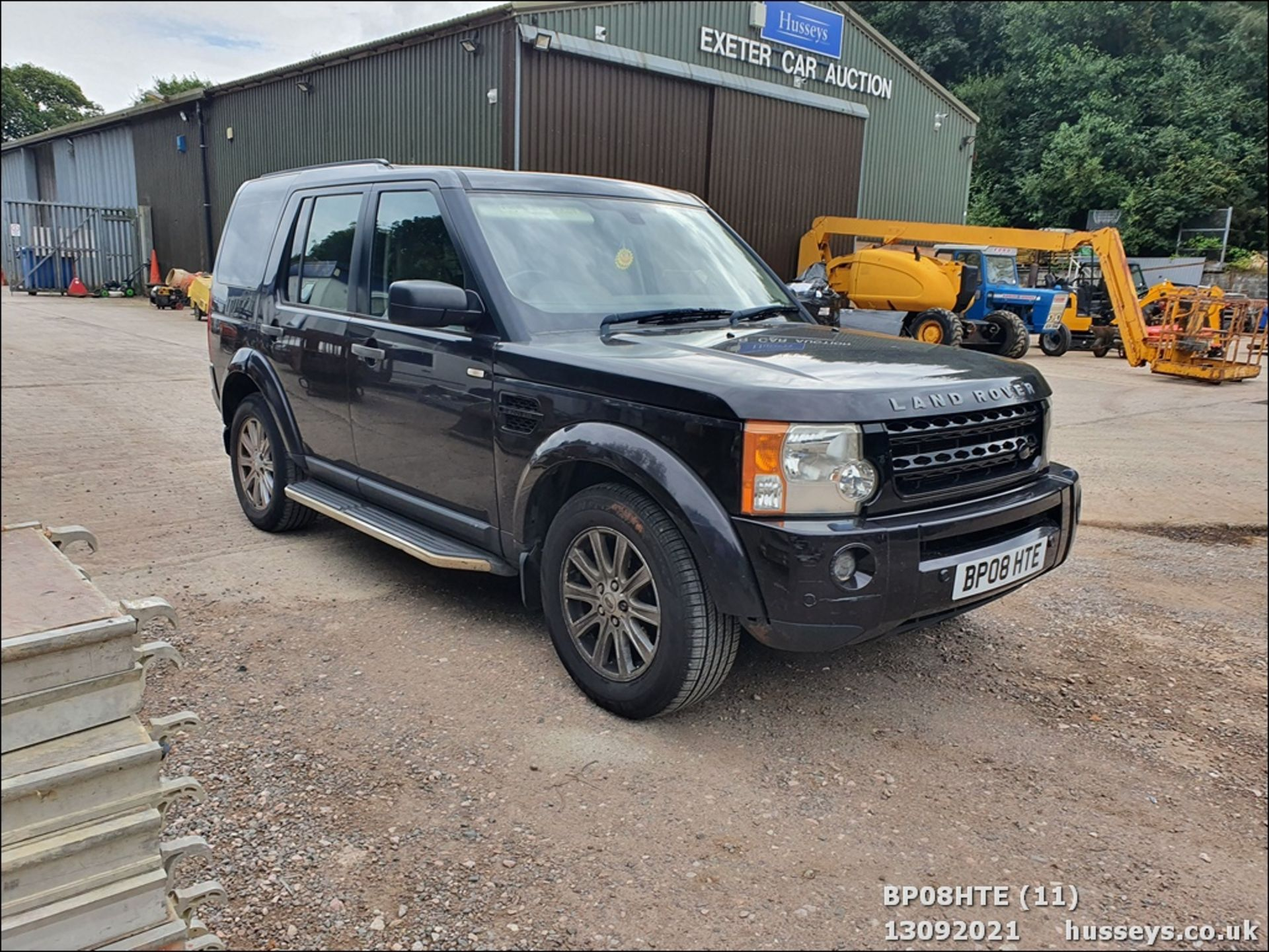 08/08 LAND ROVER DISCOVERY TDV6 SE A - 2720cc 5dr Estate (Brown, 190k) - Image 11 of 18