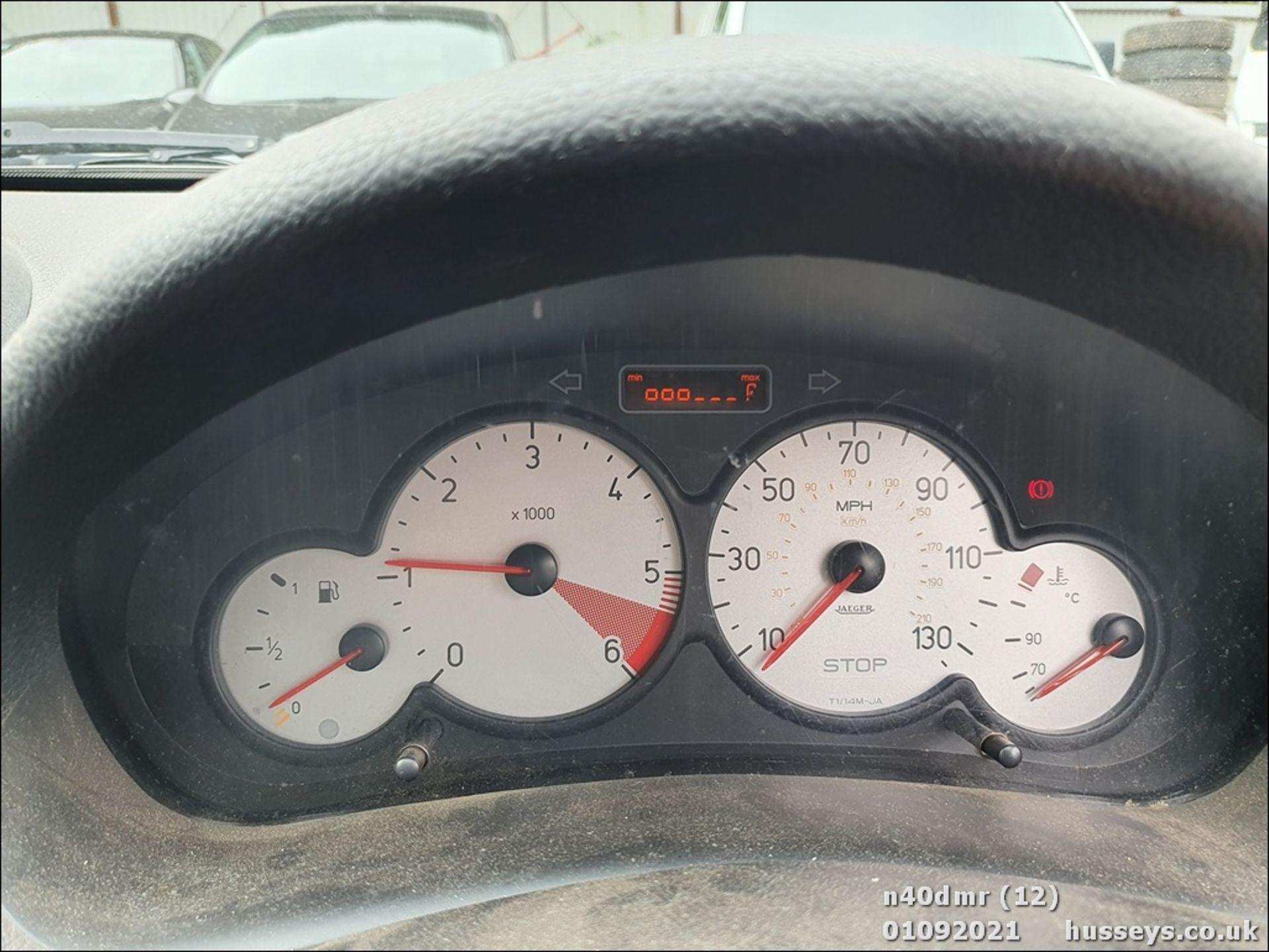 2004 PEUGEOT 206 SW S TD - 1398cc 5dr Estate (Grey, 140k) - Image 22 of 23