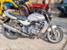 03/03 KAWASAKI ER500-C1 - 498cc Motorcycle (Gold)