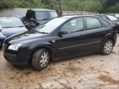06/56 FORD FOCUS LX - 1596cc 5dr Hatchback (Black, 136k)