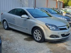 11/60 VAUXHALL ASTRA SPORT - 1796cc 2dr Convertible (Silver, 123k)