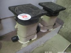 2 X 22MM UNDERGROUND WATER TAPS