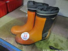 PAIR CHAINSAW BOOTS