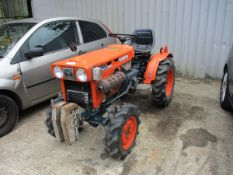 KUBOTA B7100 HST 4WD COMPACT TRACTOR 2642 HRS