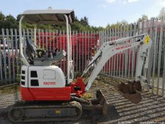 TAKEUCHI TB215R DIGGER C.W 2 BUCKETS 2017 EXPANDING TRACKS 2 SPEED TRACKING QUICK HITCH RTD