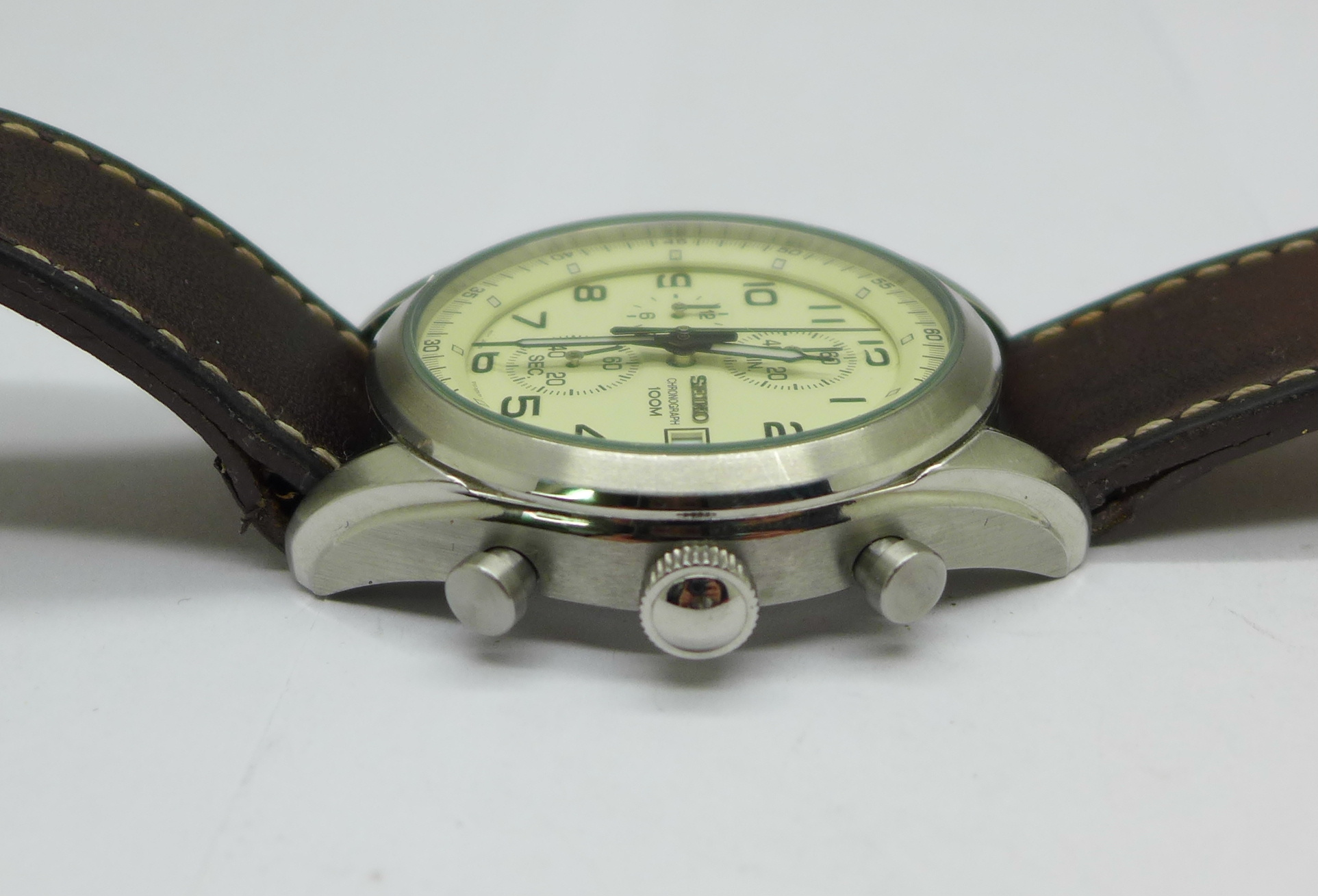 A Seiko chronograph wristwatch - Image 2 of 6