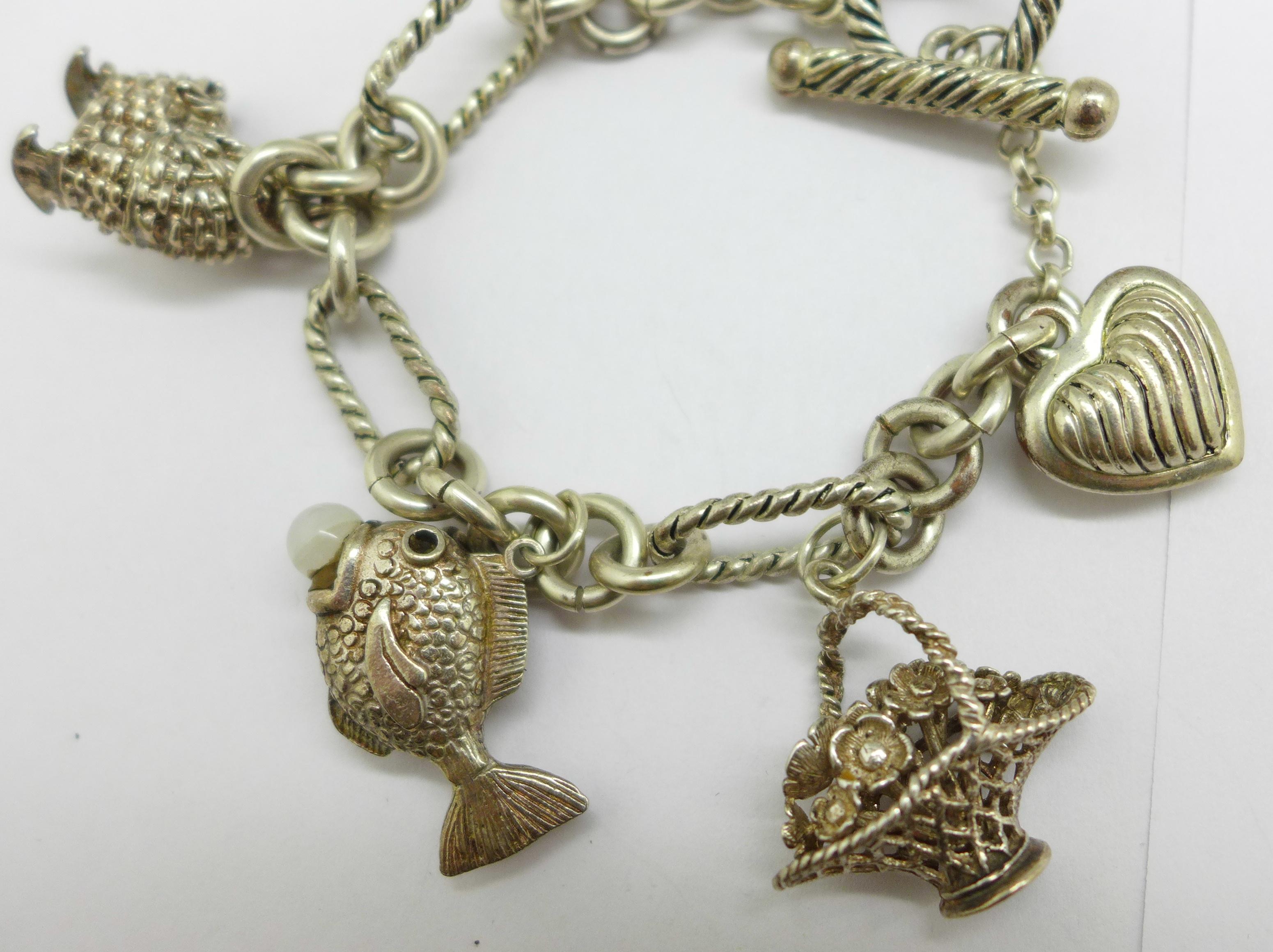 A charm bracelet - Image 2 of 3