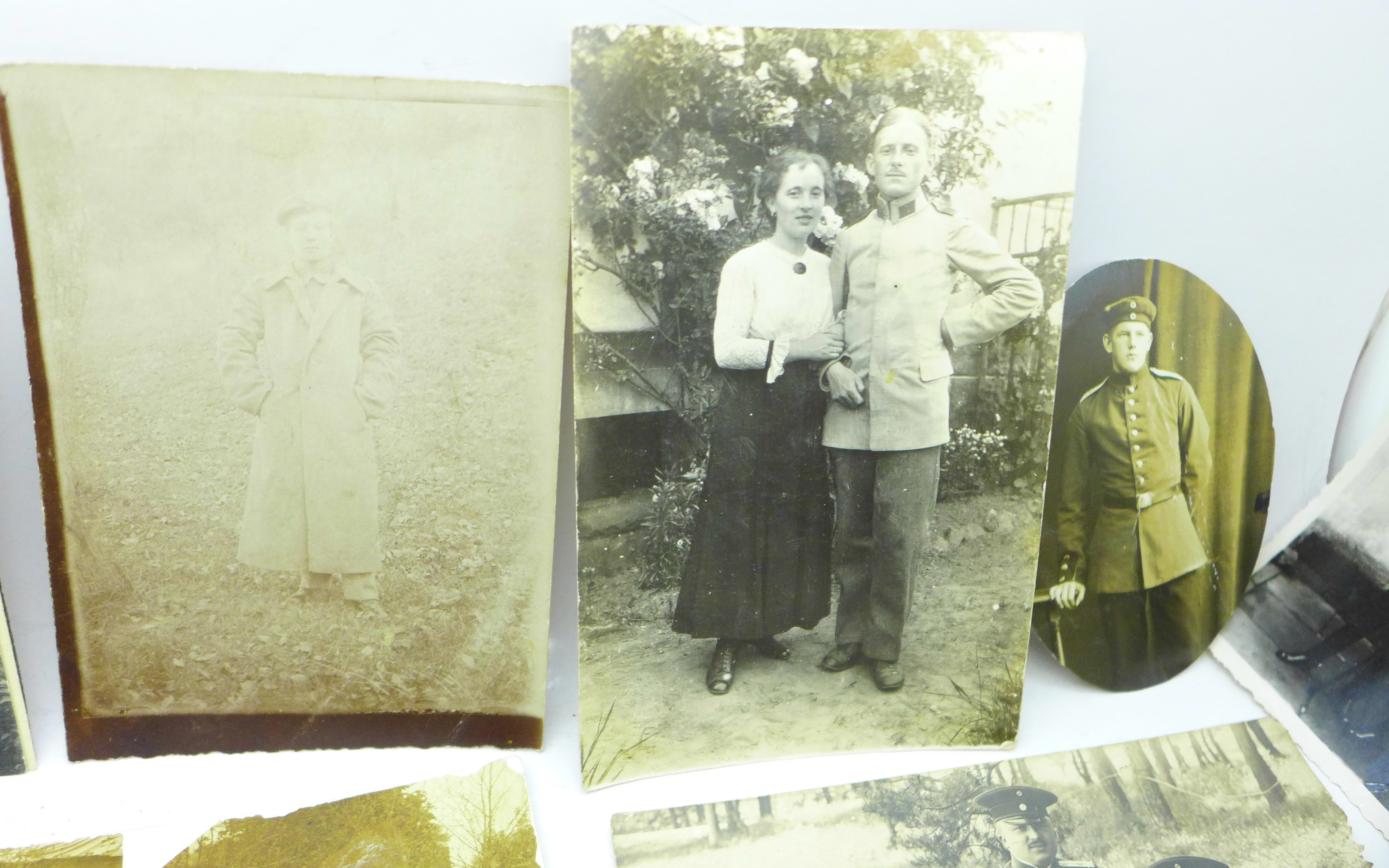 Seventeen WWI German photographs and twenty-two postcards - Image 3 of 6