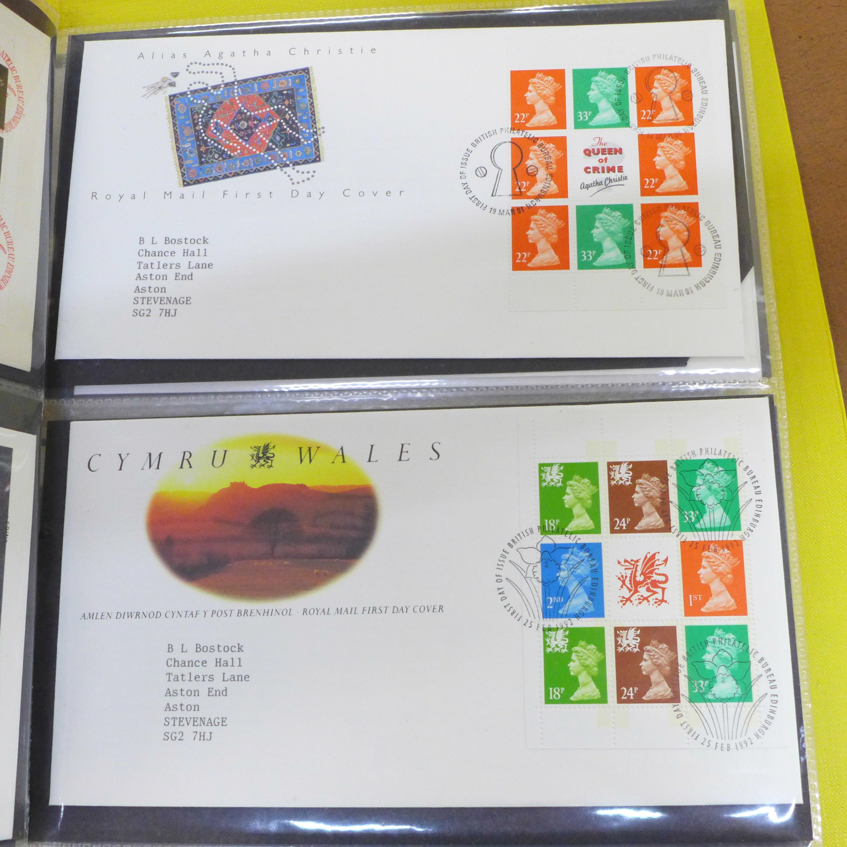 Great Britain booklets, booklet panes and booklet First Day covers - Face value exceeds £40 - Image 5 of 12