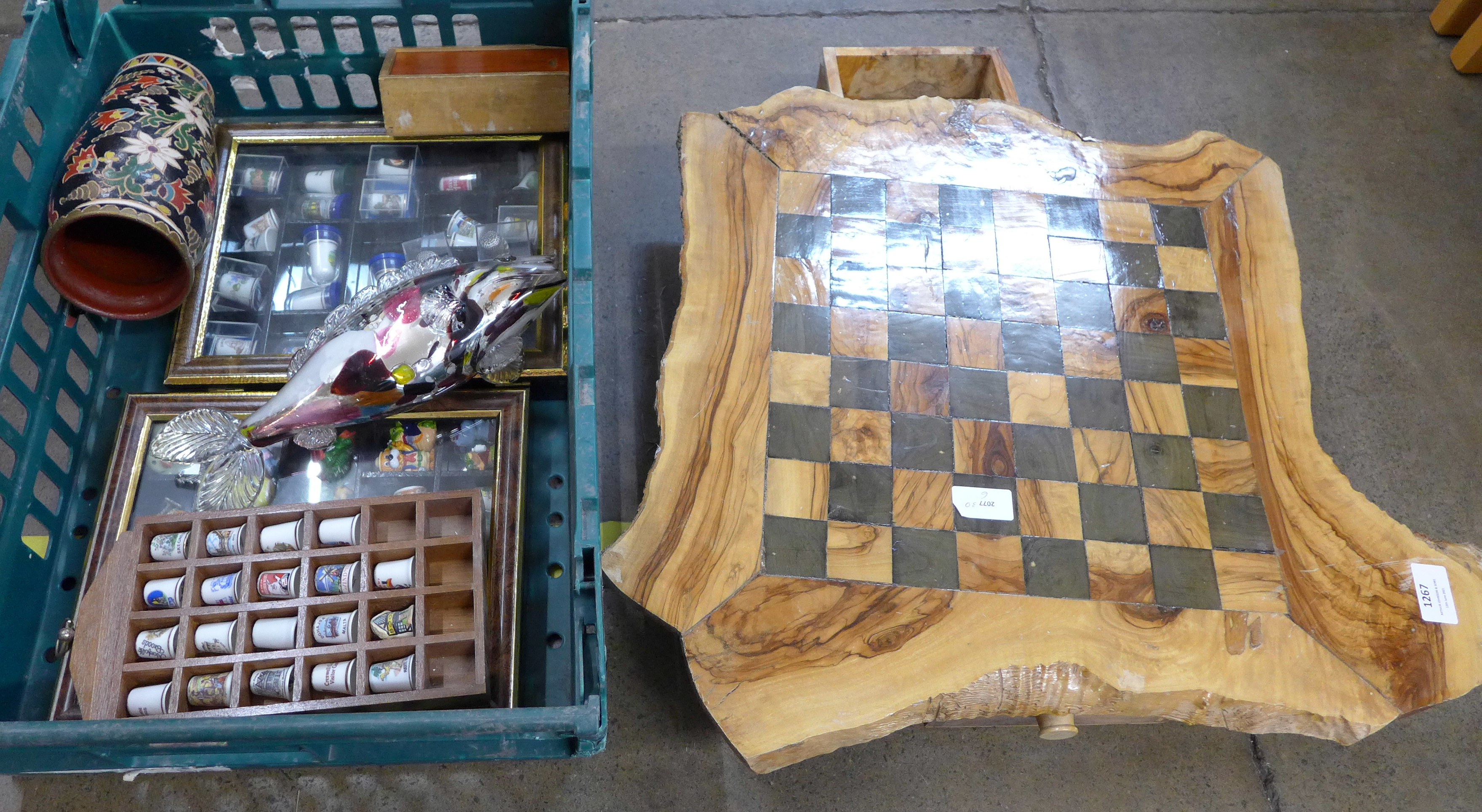 A thimble collection, a glass fish, a vase and a chessboard **PLEASE NOTE THIS LOT IS NOT ELIGIBLE