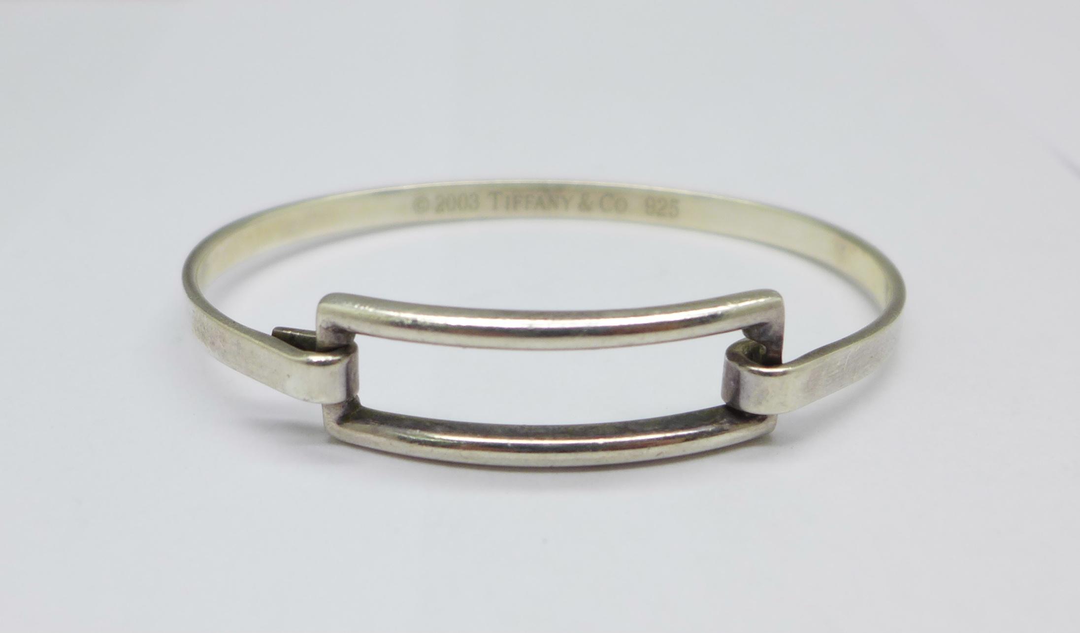 A silver Tiffany bangle, 15g