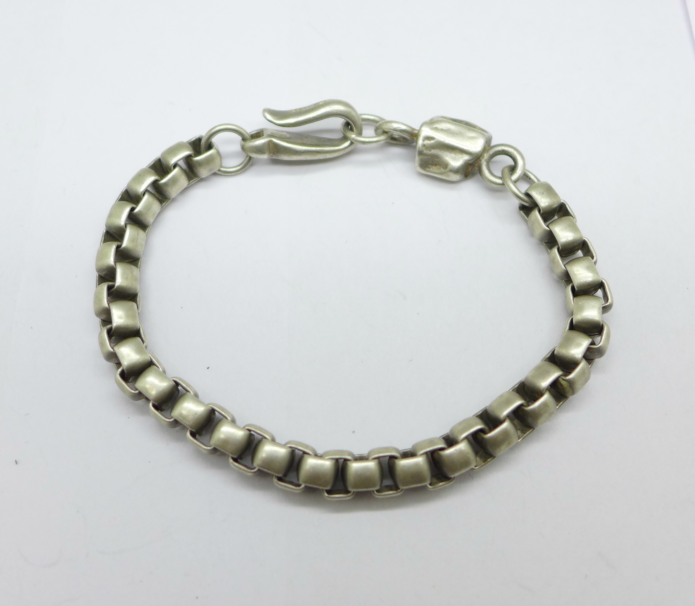 A Paul Smith silver chain with 'nugget' detail, 46g