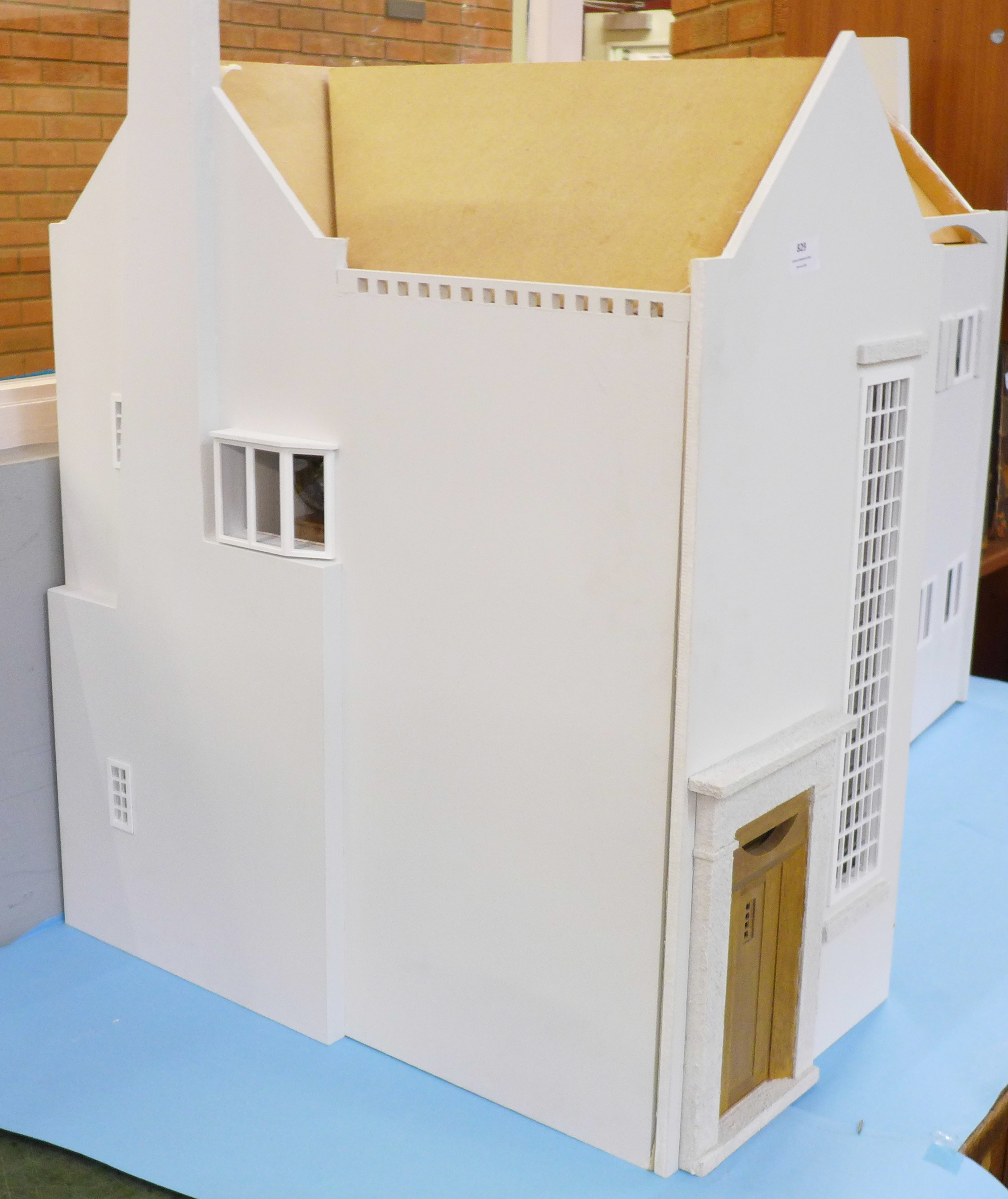 A Dolls House Emporiun Charles Rennie Makintosh-style Scottish House and Furniture. Assembled from a - Image 3 of 18