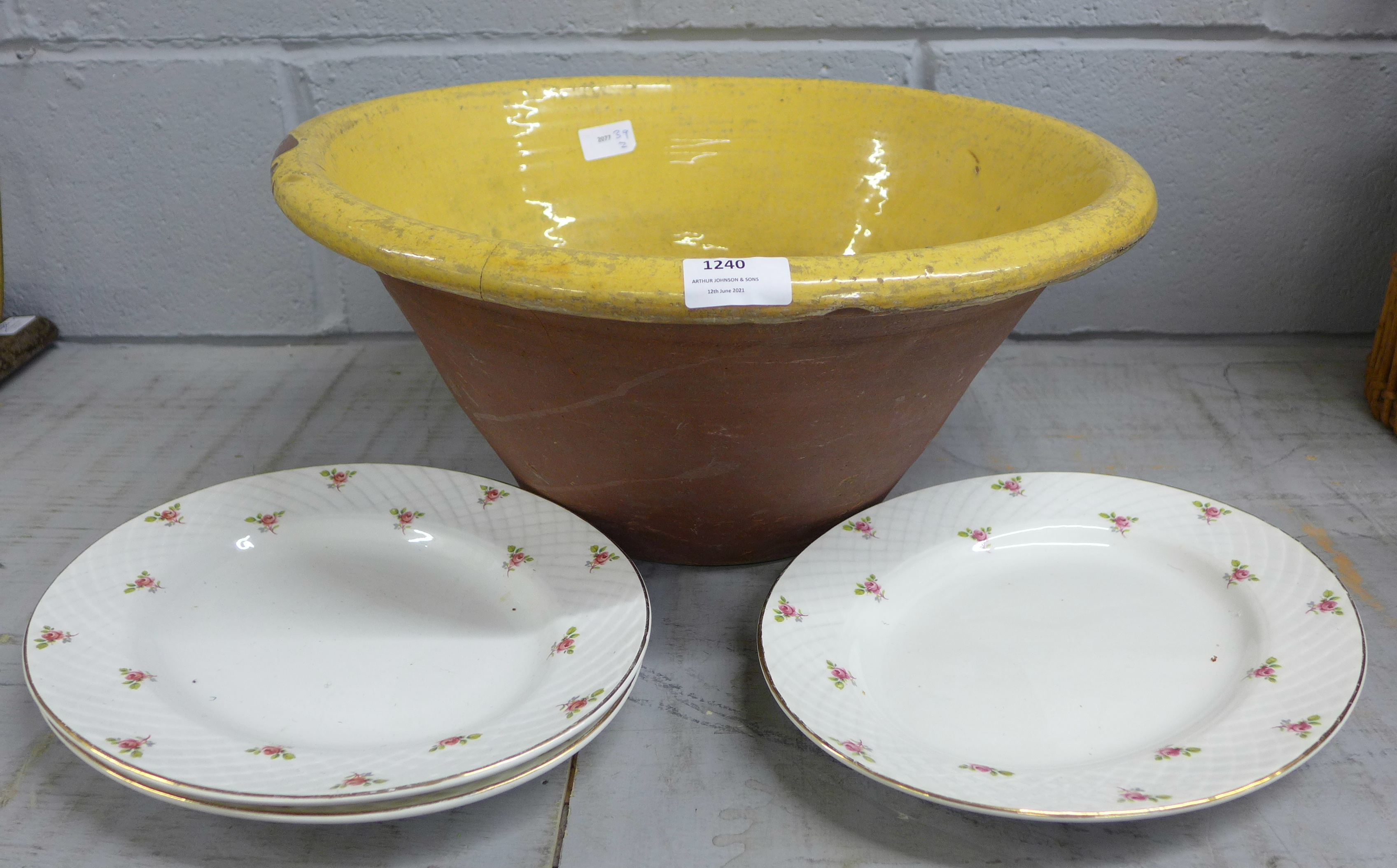 A pancheon, tins and other kitchenalia **PLEASE NOTE THIS LOT IS NOT ELIGIBLE FOR POSTING AND