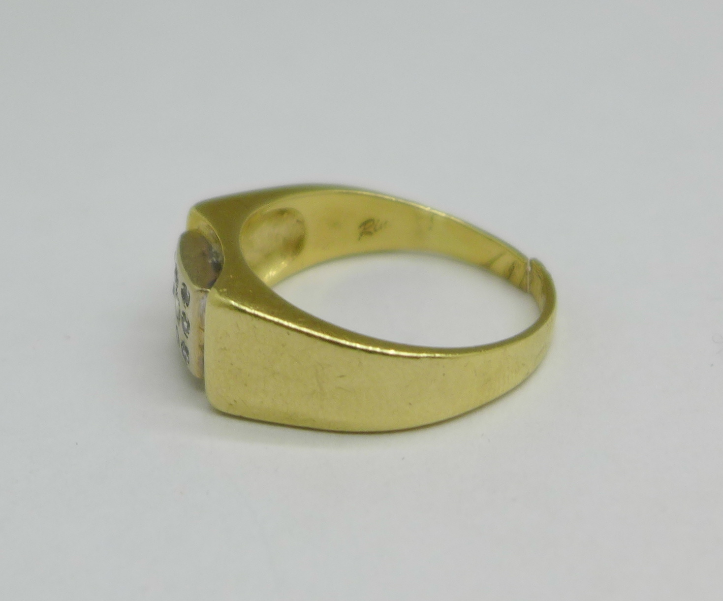 A 14ct gold and white stone ring, 7.9g, shank a/f - Image 2 of 4
