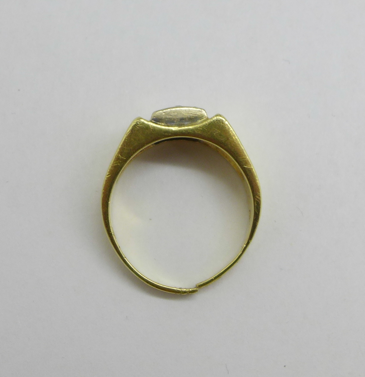 A 14ct gold and white stone ring, 7.9g, shank a/f - Image 3 of 4