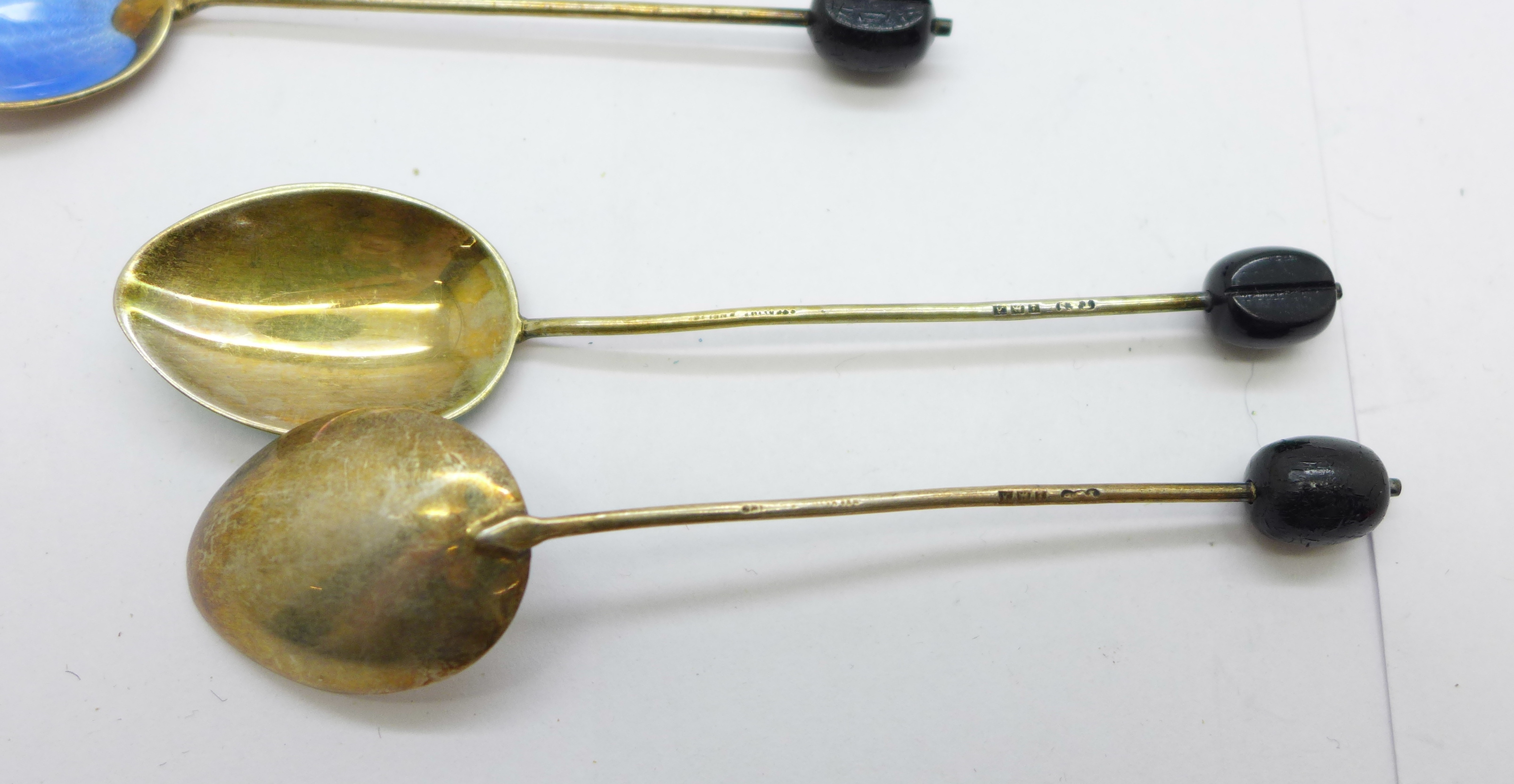 Eight silver and enamel coffee bean spoons, (6+2), and a silver thistle spoon, 72g - Image 5 of 5