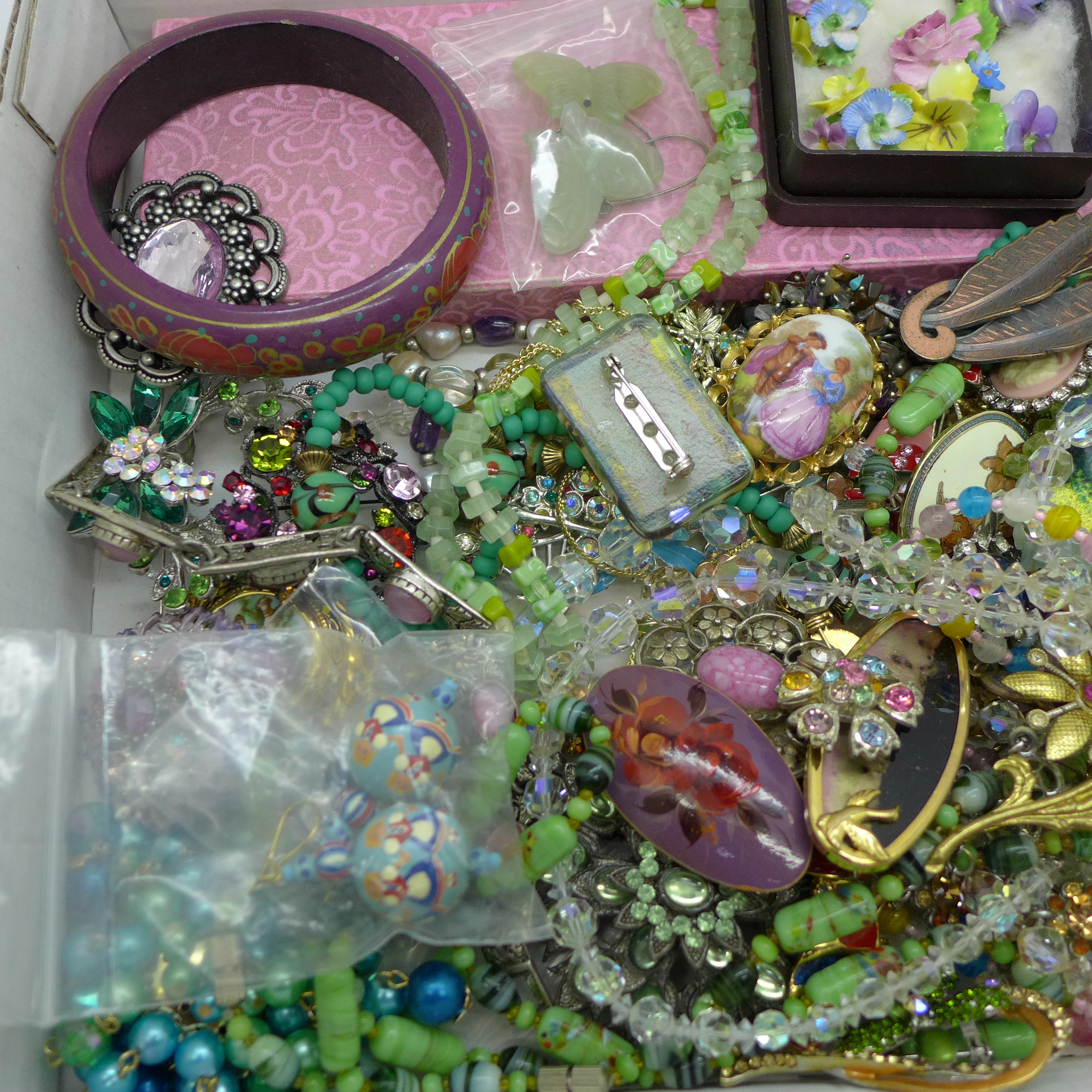 Glass and crystal bead necklaces, earrings, brooches and other costume jewellery - Image 2 of 3