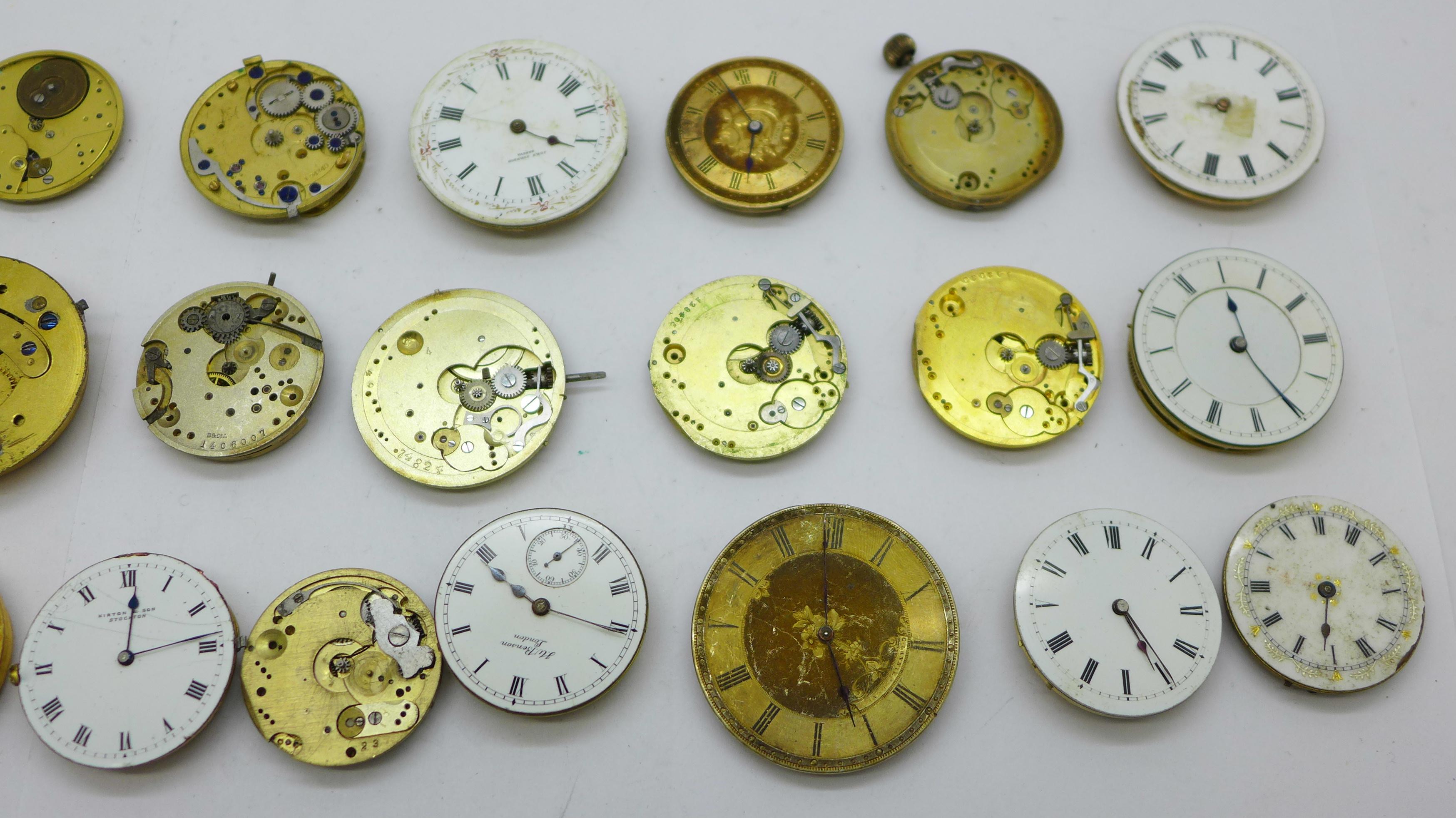 Twenty-five wristwatch, fob and pocket watch movements, Elgin, JW Benson, Waltham, etc. - Image 3 of 4