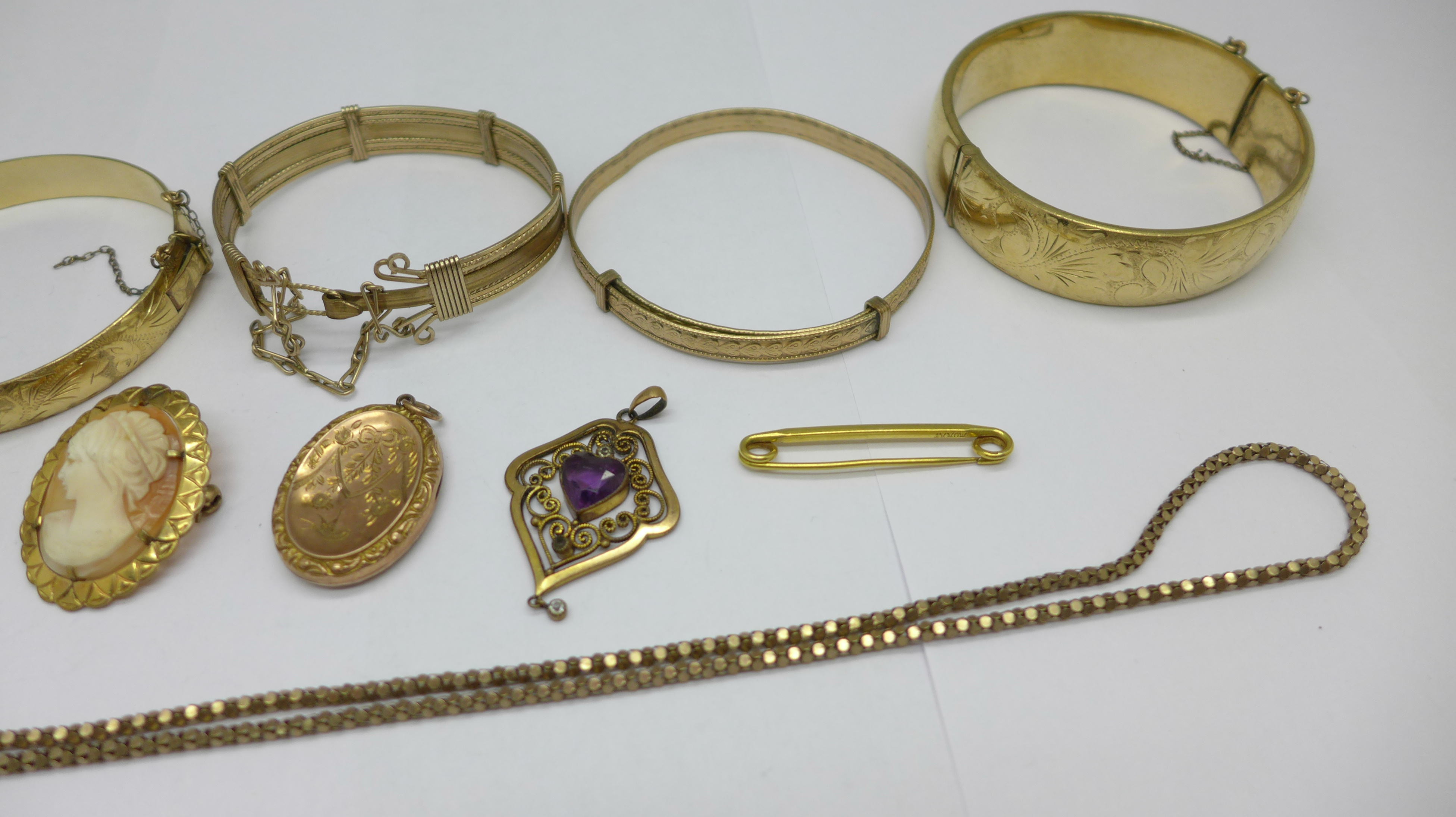 Plated jewellery including five bangles and a 9ct back & front locket - Image 3 of 3