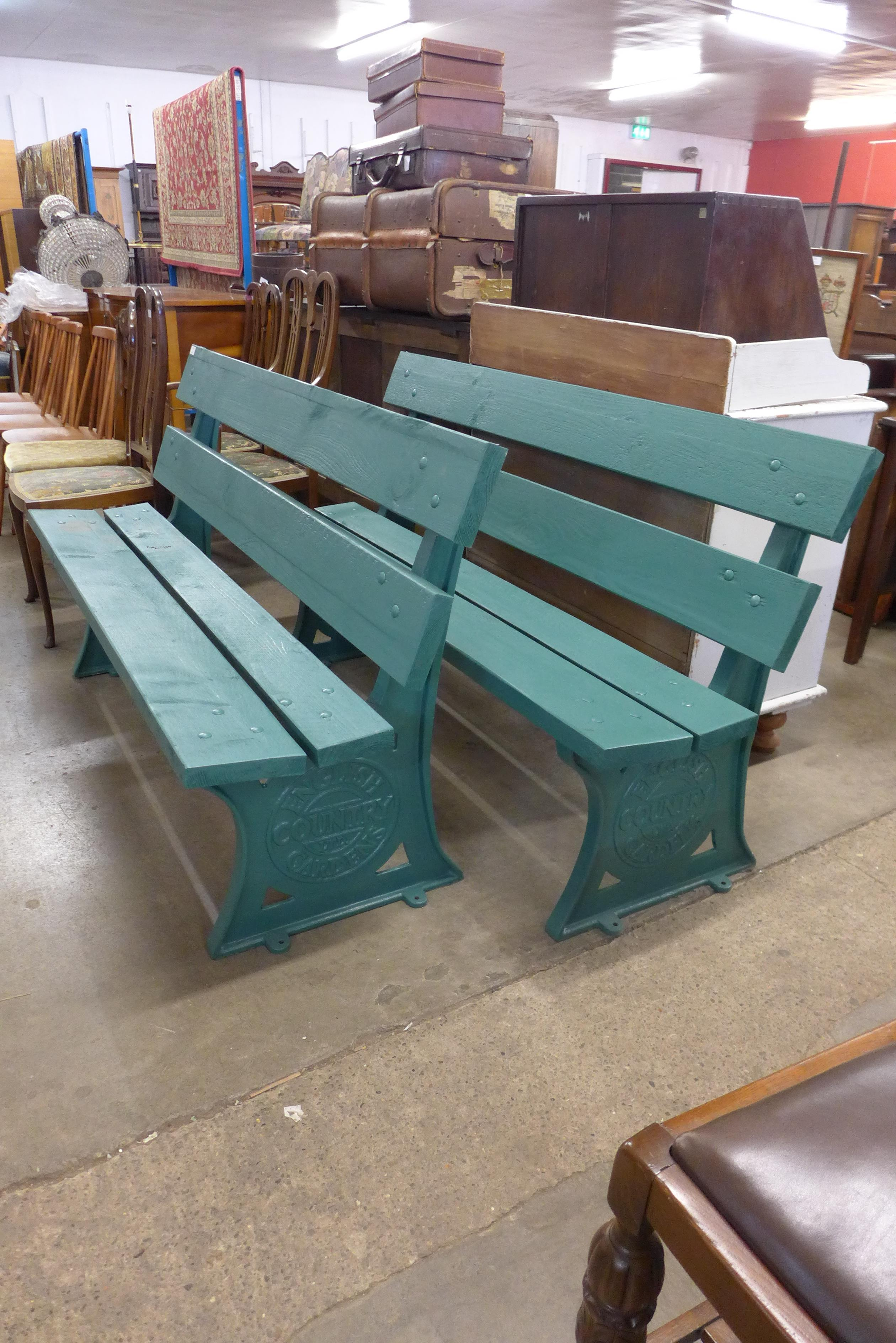 A pair of English Country Gardens Ltd. cast iron ended benches - Image 2 of 2