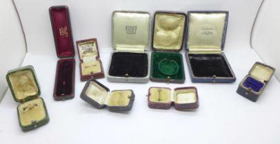 Nine vintage jewellery boxes