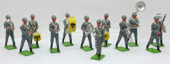 Twelve T and M Models marching military band figures