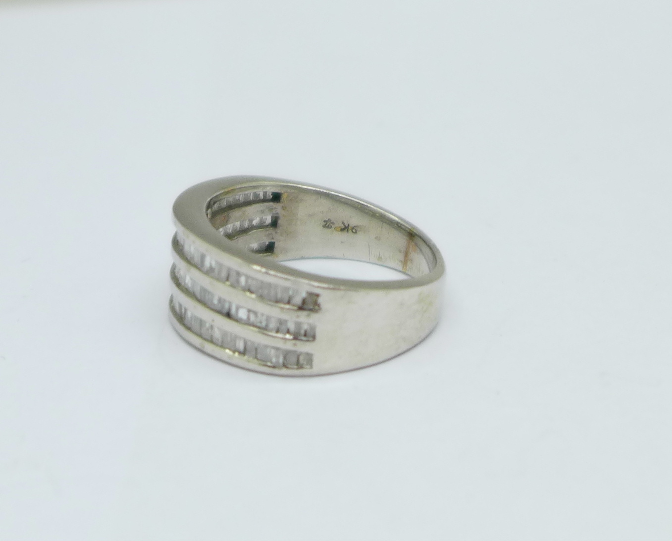 A 9ct white gold and three row Art Deco style diamond ring, 4.8g, M - Image 2 of 3
