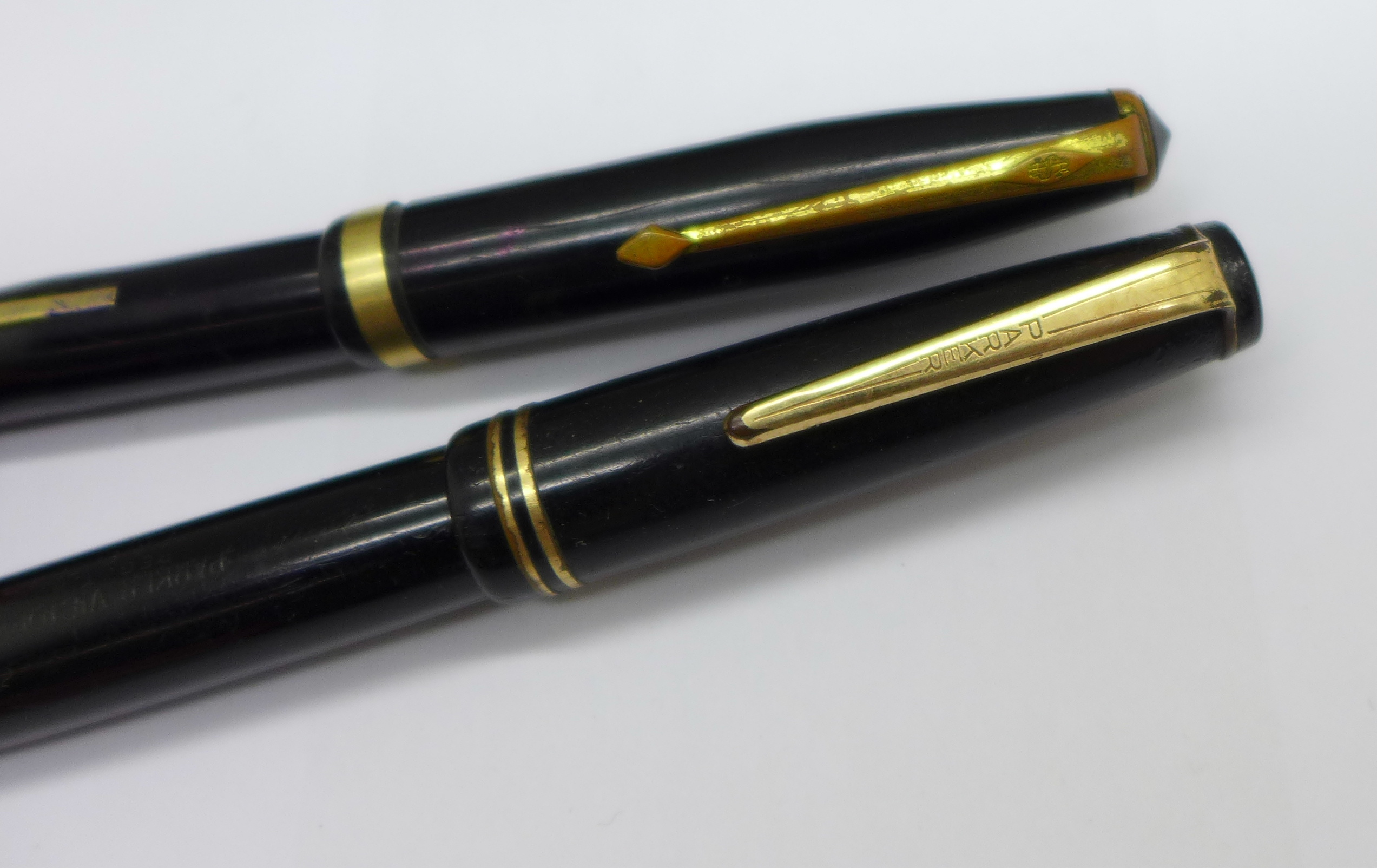 Two fountain pens, Conway Stewart and Parker, with 14k gold nibs (case a/f) - Image 3 of 6