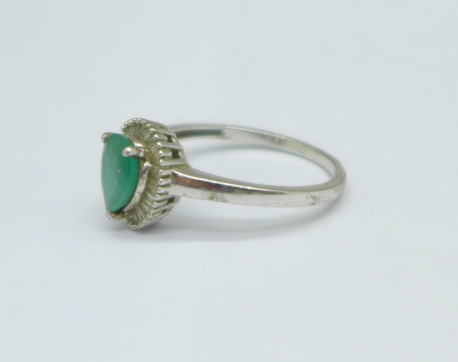 A silver, emerald and diamond set ring, T/U - Image 2 of 3