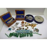 Assorted jewellery and boxes