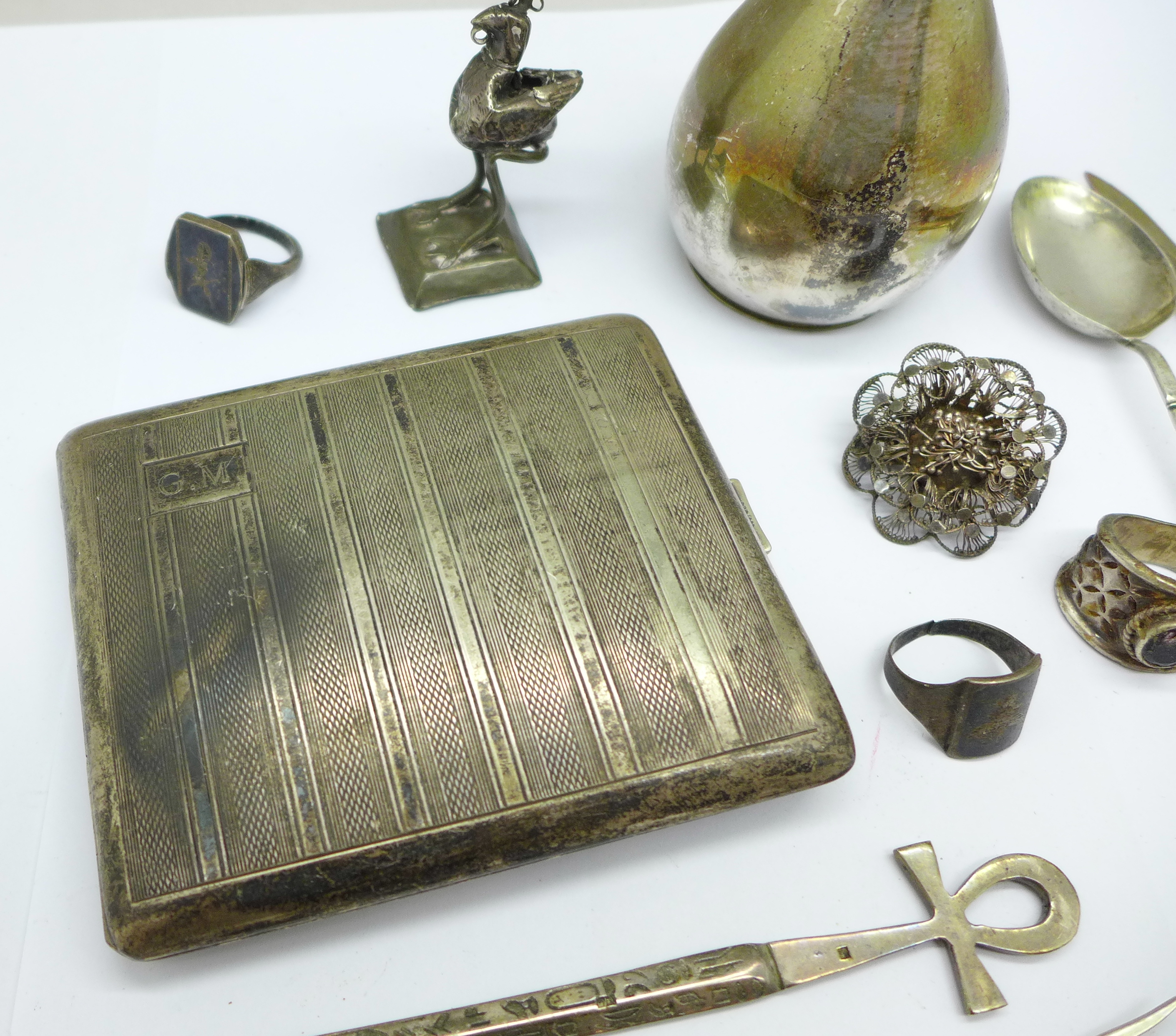 A collection of continental silver including a cigarette case, jug, rings, spoon, etc., 280g - Image 5 of 7