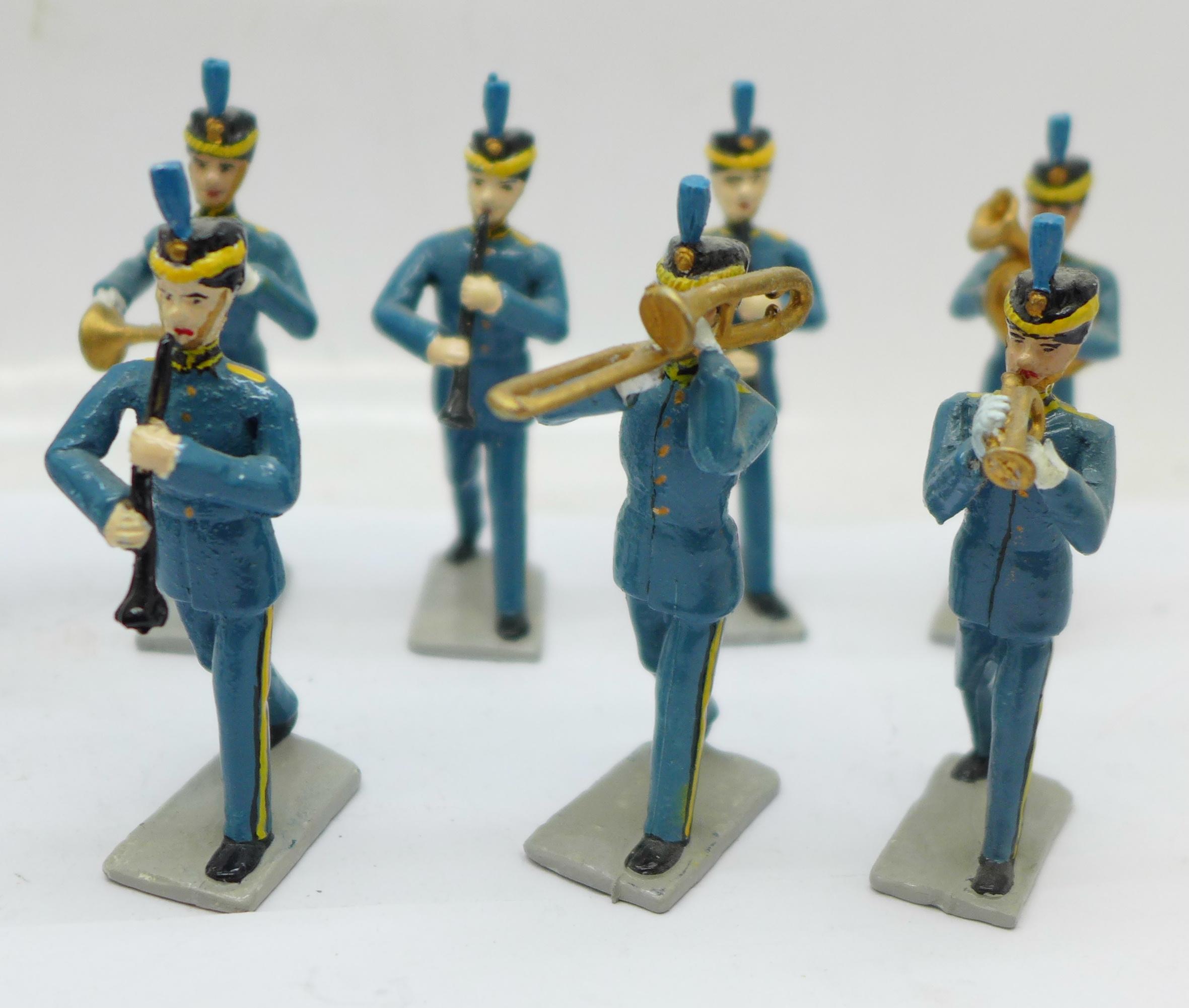 Fifteen metal marching band figures - Image 4 of 5