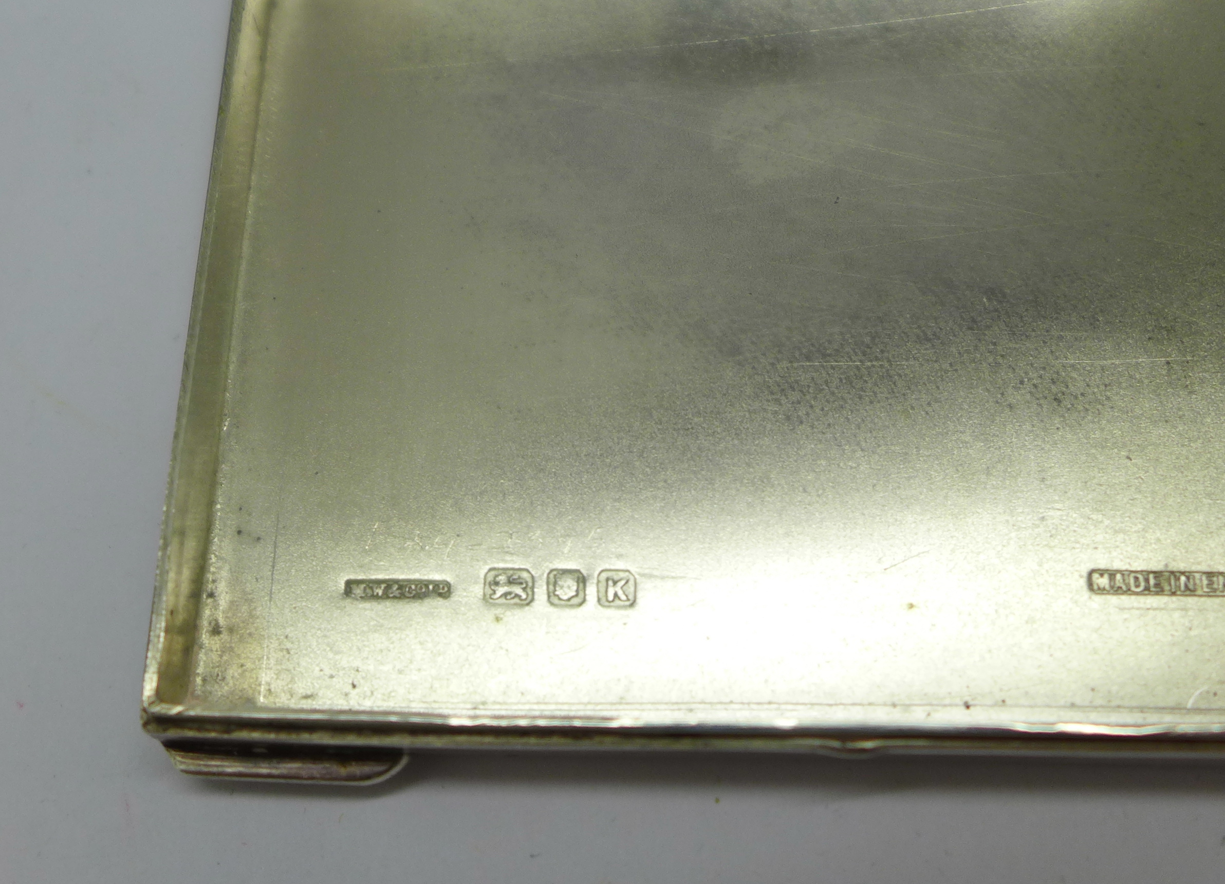An Art Deco silver compact, London 1945, 80g - Image 5 of 5