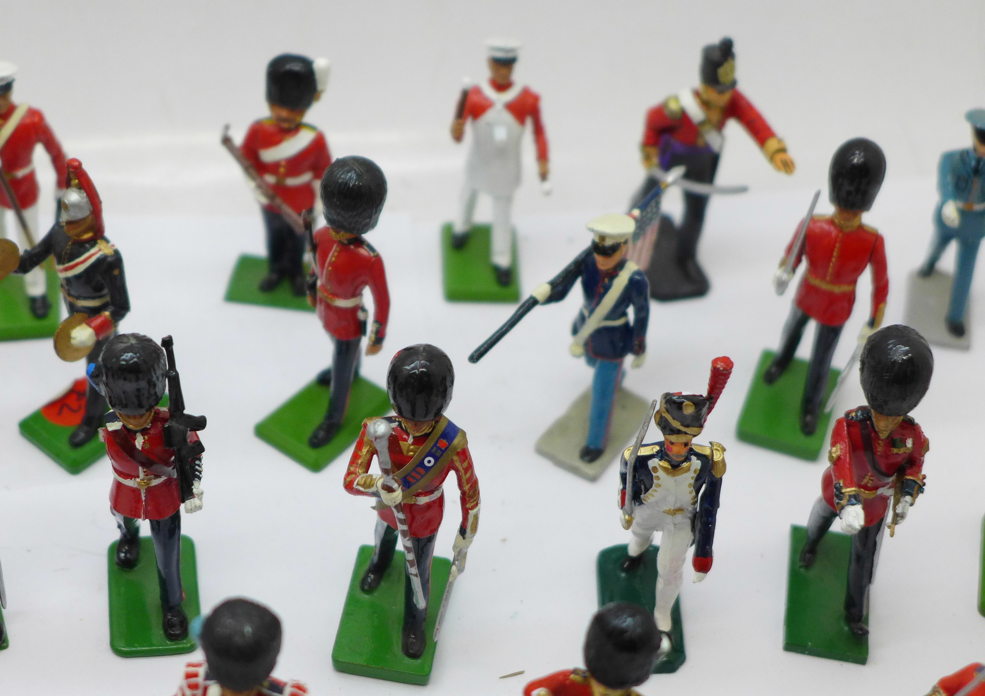 A collection of assorted metal military themed figures - Image 5 of 5